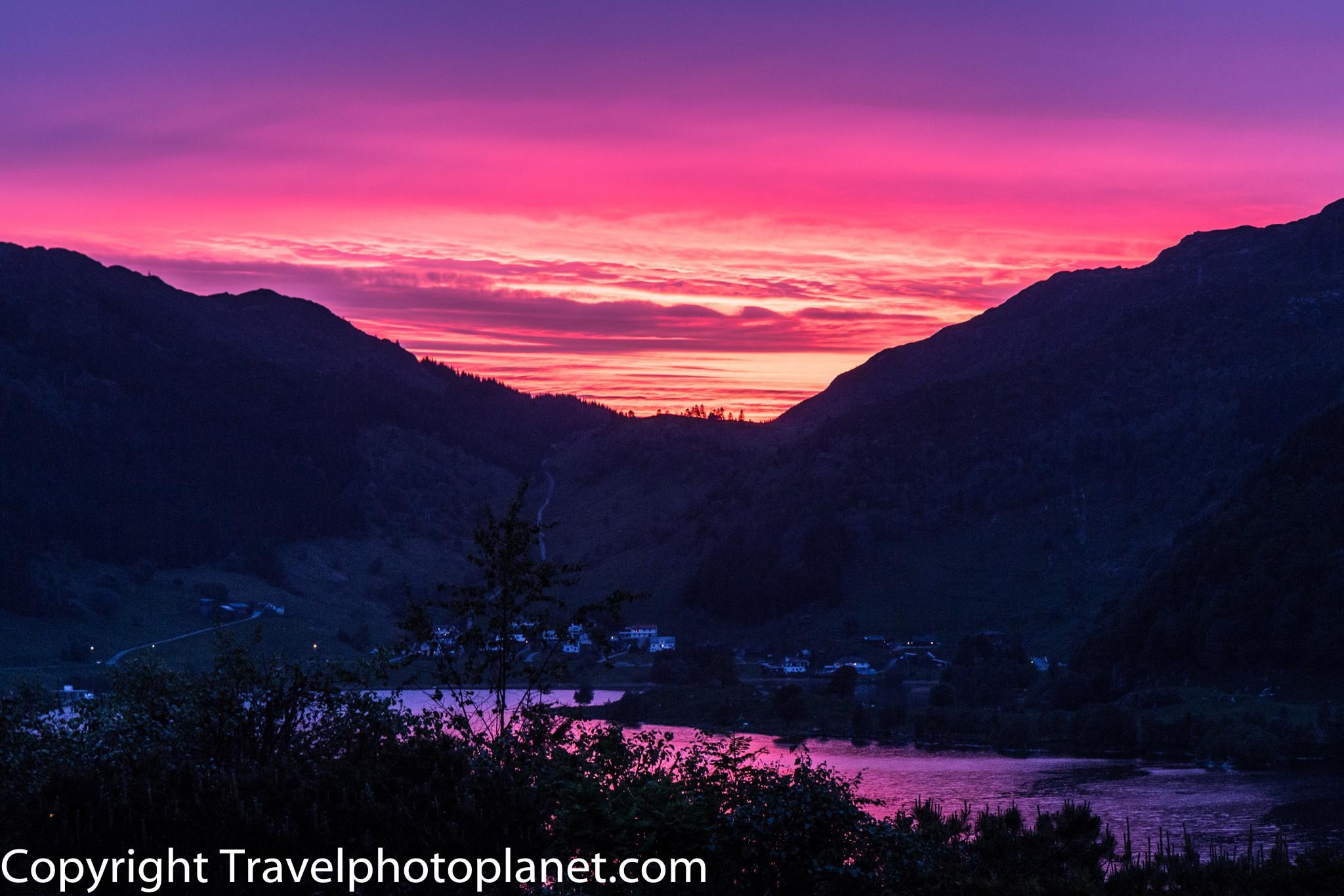 Purple Sunset by Svein Arne Grønnevik
