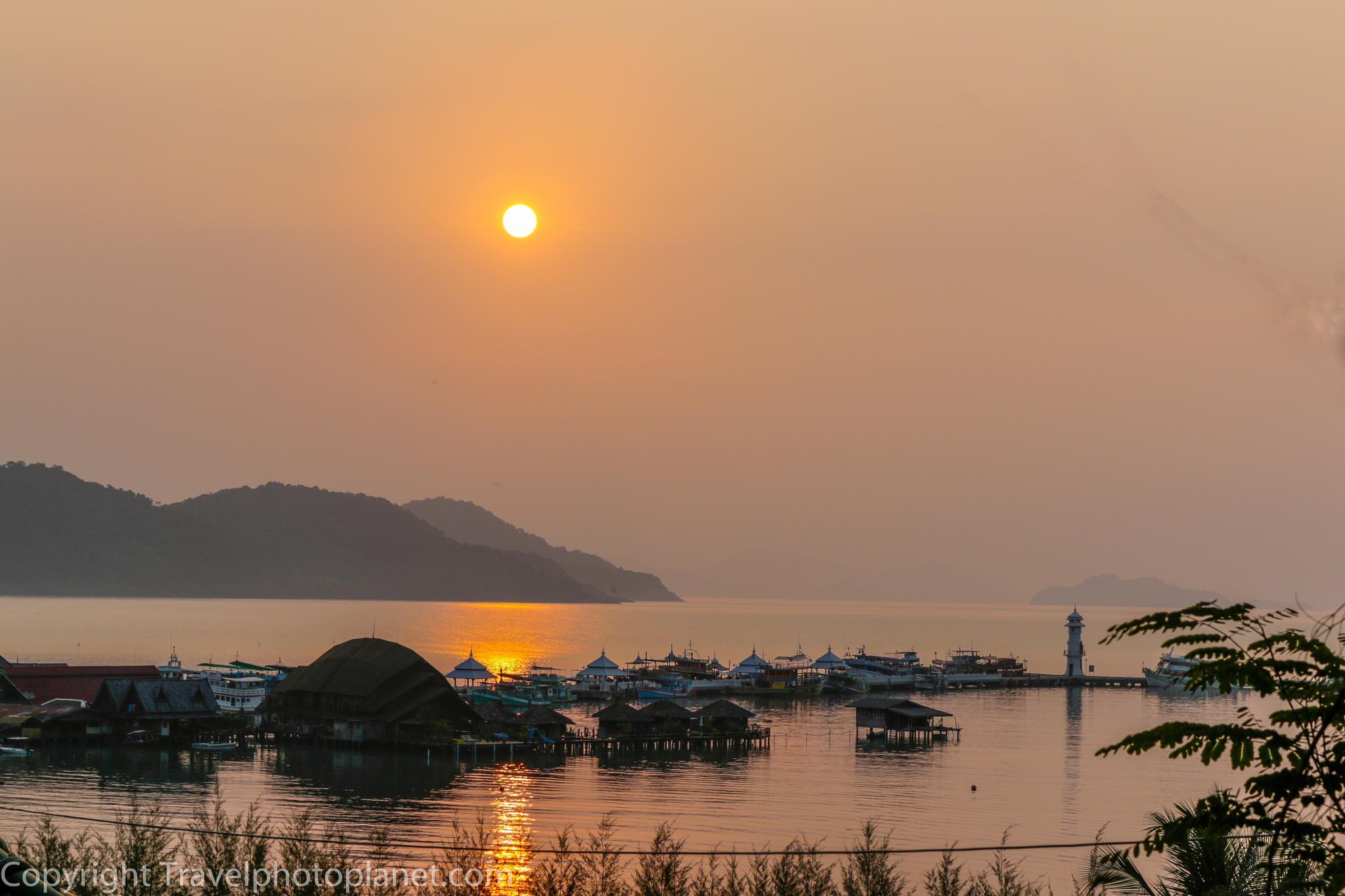 Photo in Landscape #sunrise #sunset #travel #tourism #bang bao cliff view resort #koh chang #thailand
