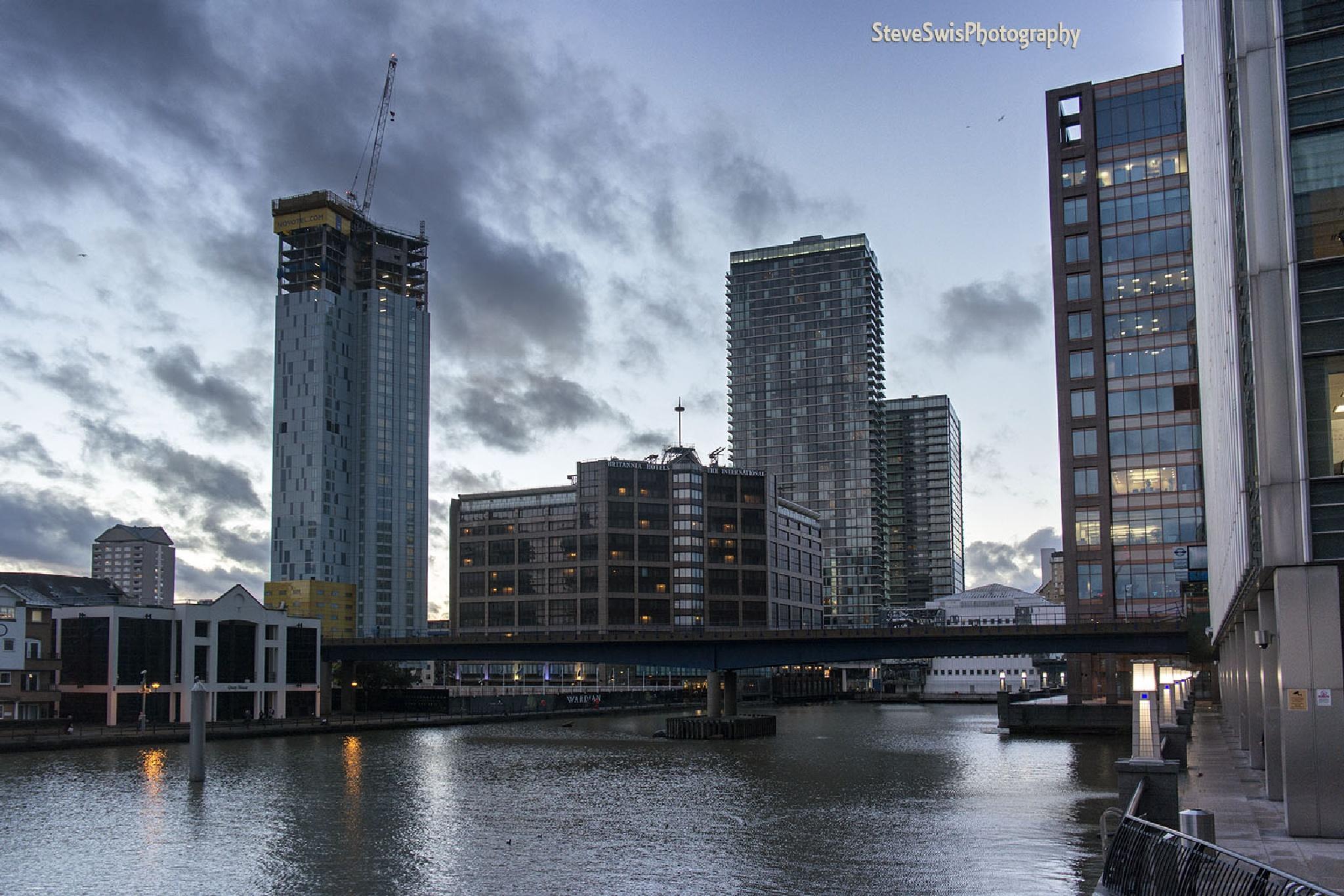 Canary Wharfe by Steve Swis