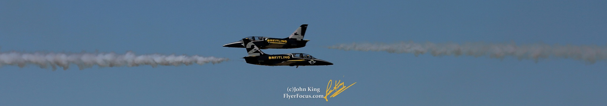 Breitling Convergence at the Reno Are Races. 900+ mph closure by John King (ig: FlyerFocus)