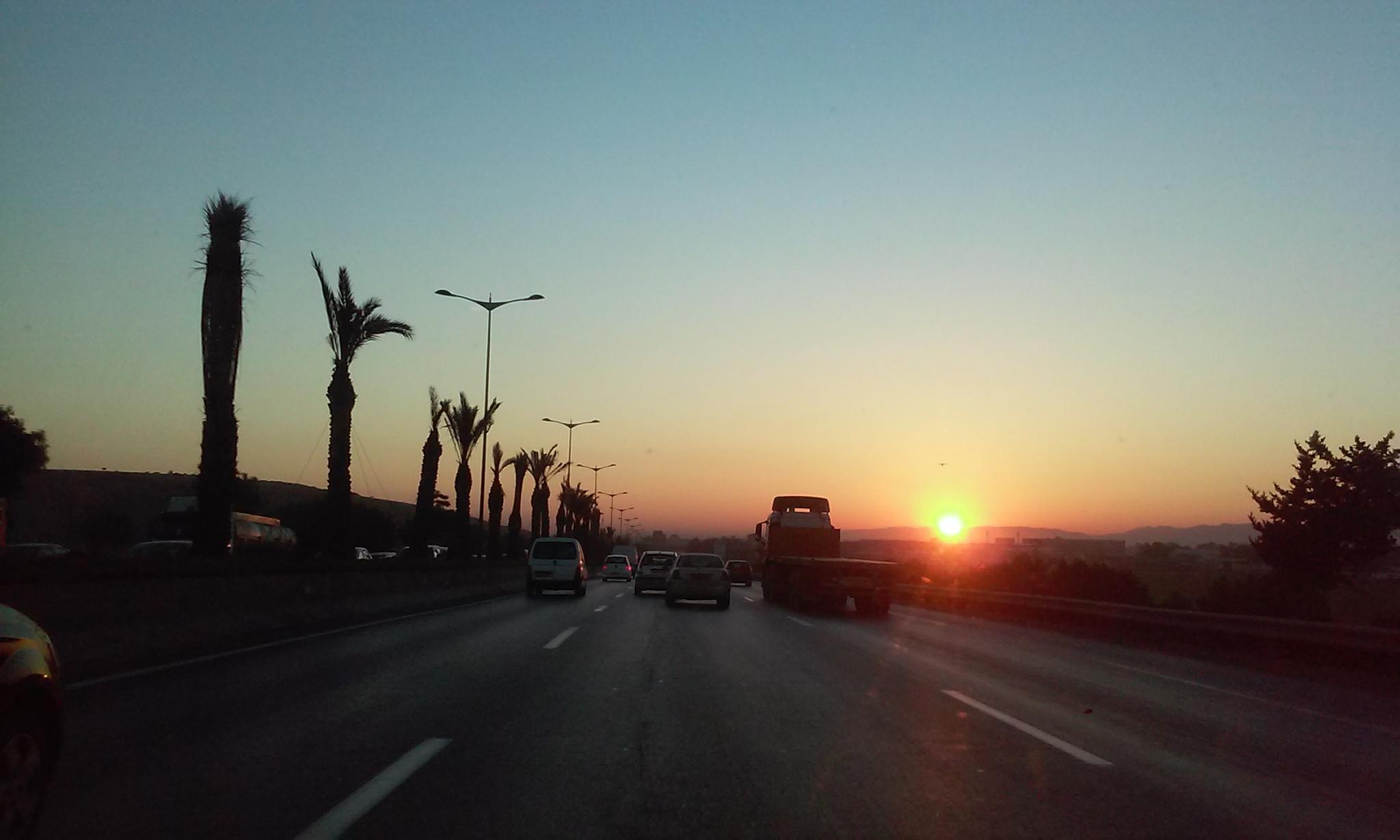 Sunrise  by kamatcho -Sky of Algeria-