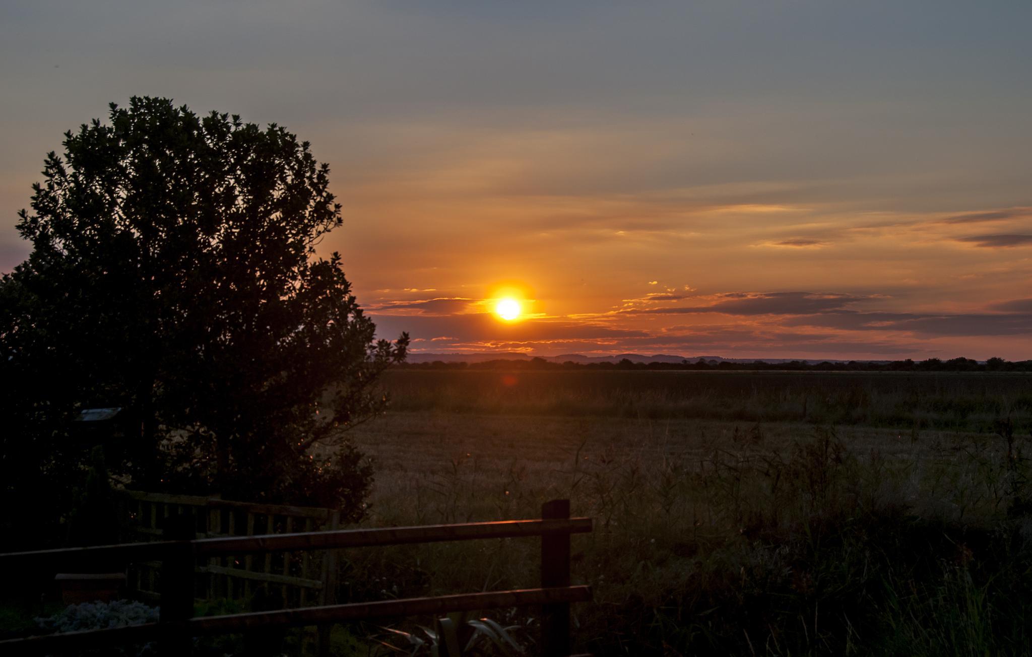 Mablethorpe Sunset by cakey.white