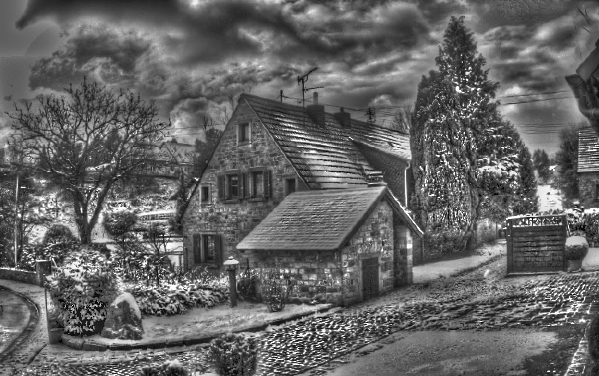 Home sweet home, by Antoni Marek Polczyk