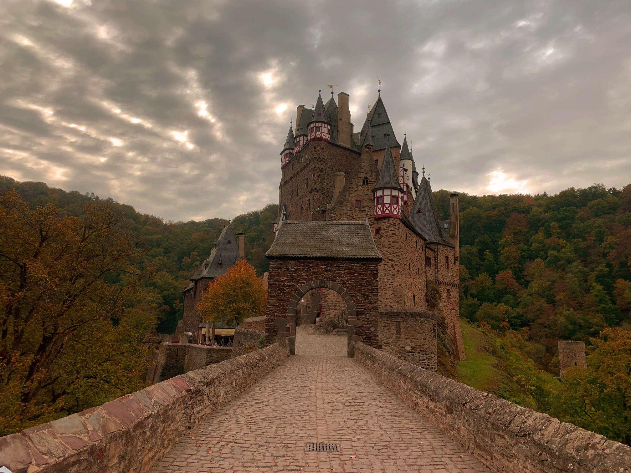 Burg Elz by Antoni Marek Polczyk