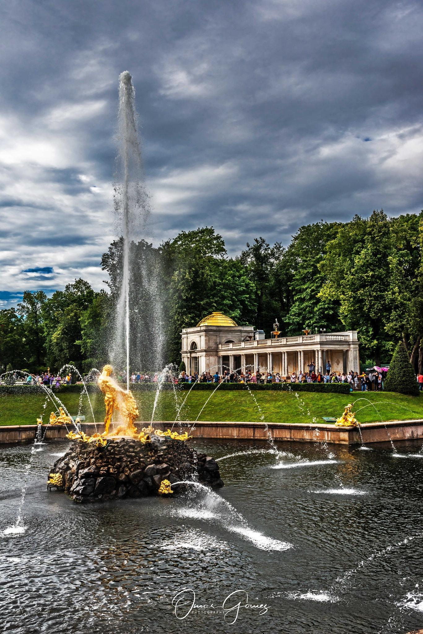 Fountain at Peterhof Palace III by Omar Gomez