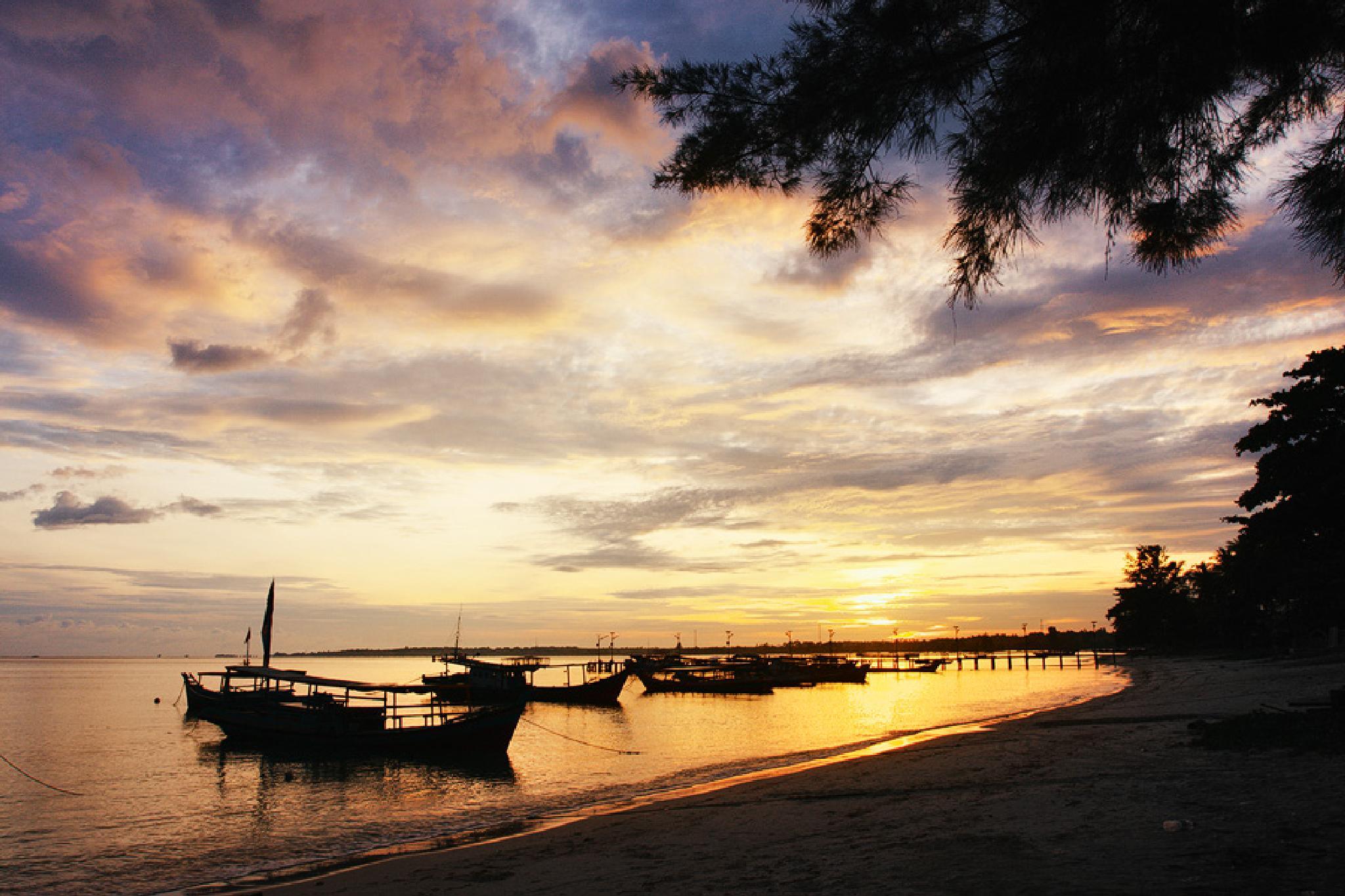 Tanjung Kalayar at Sunrise by Munawar Ainy