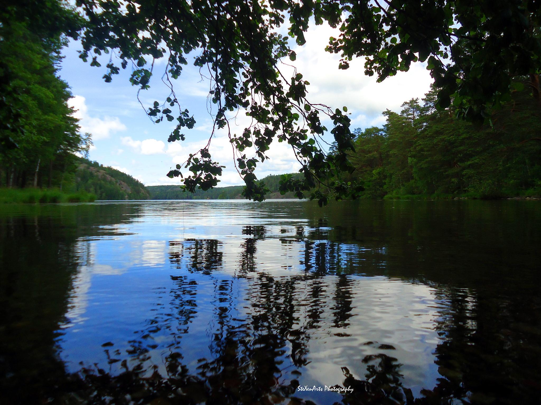 lake reflection by SteXenArts Photography