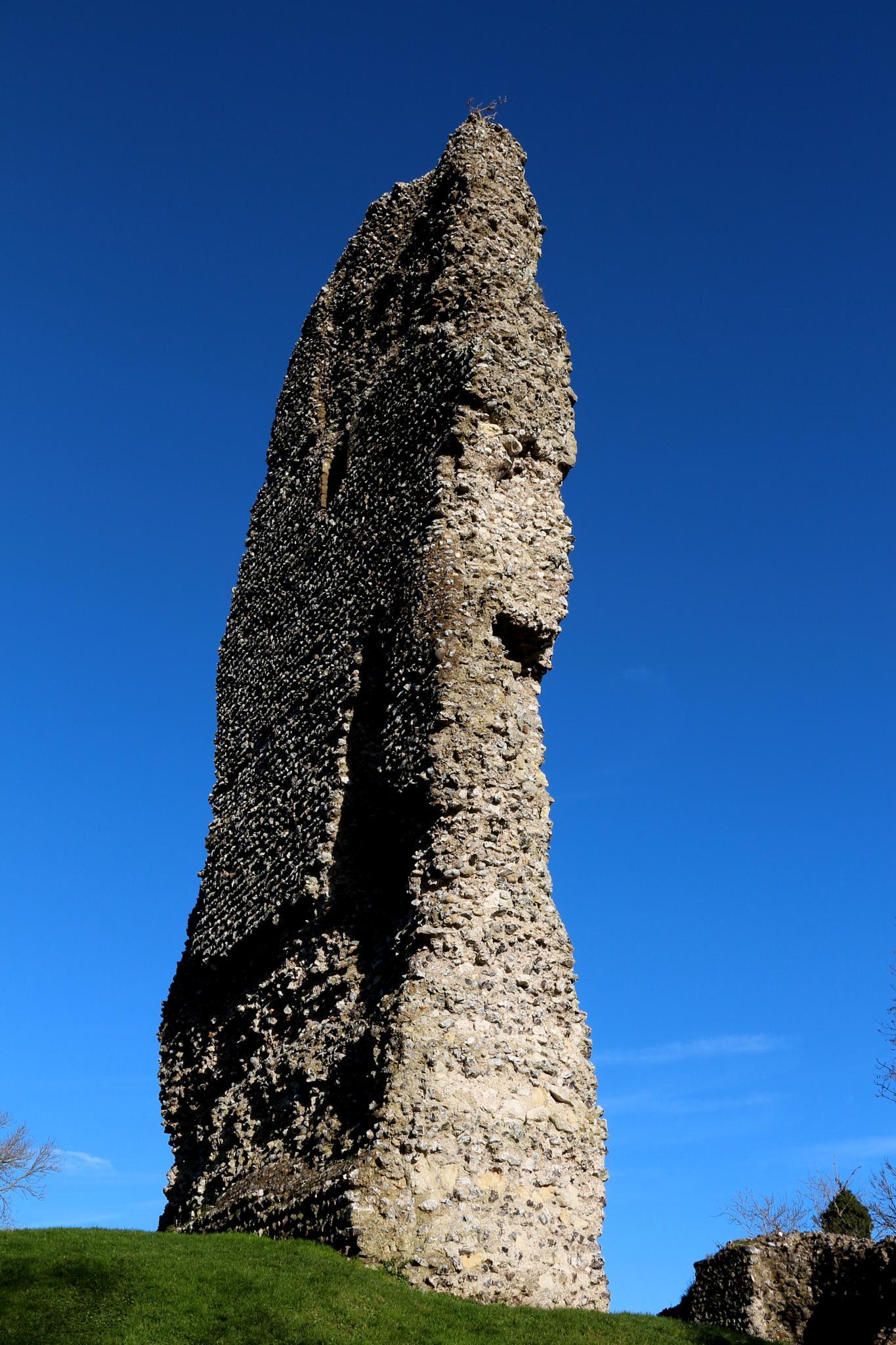 Bramber Castle ruins by Jon Franks