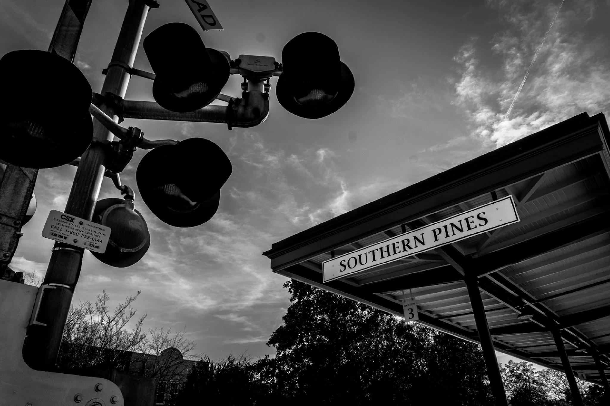 Lights and the Plattform by NaturesVeiwsPhotography