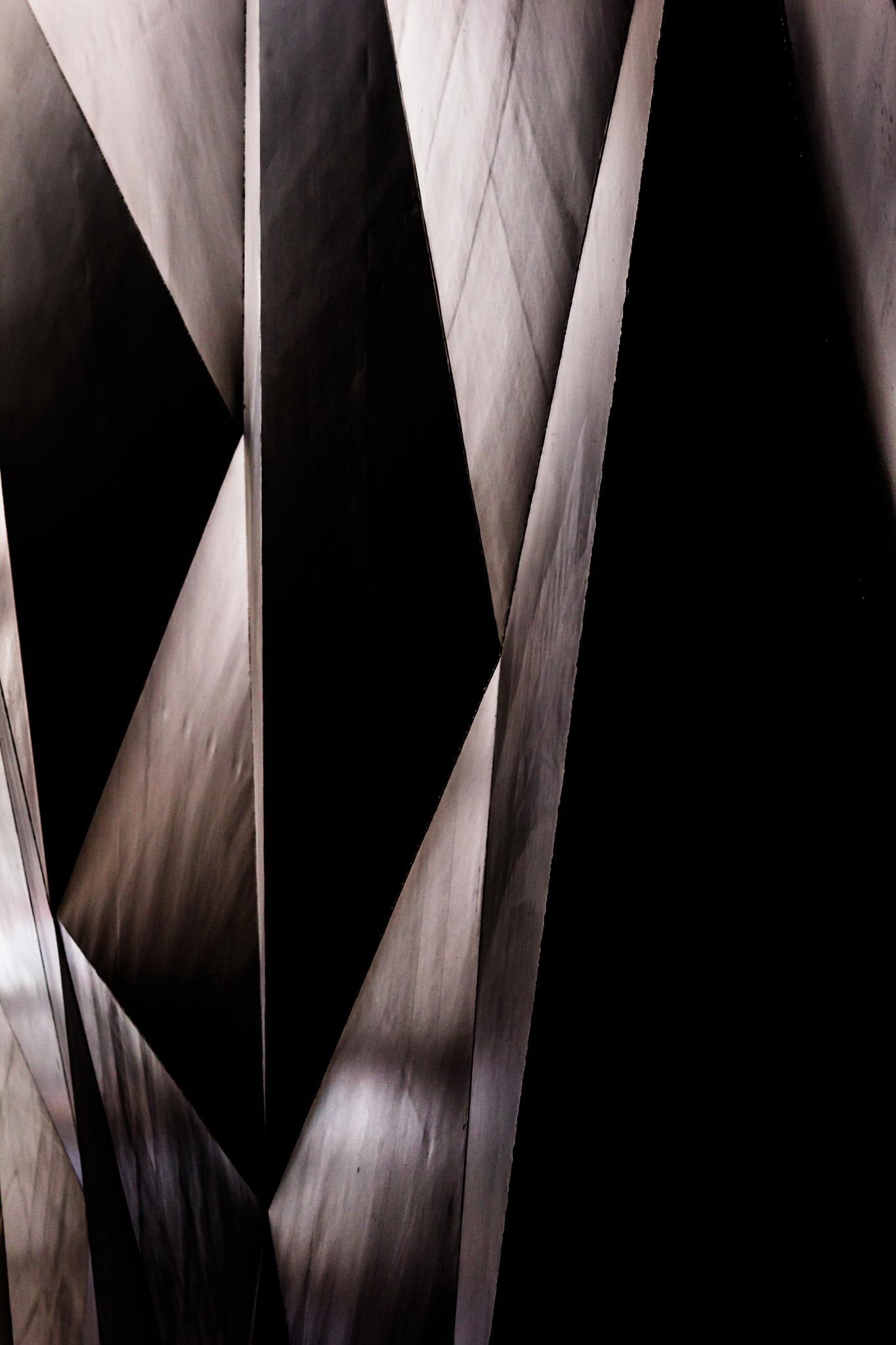 Scalene by Daniel Reñe