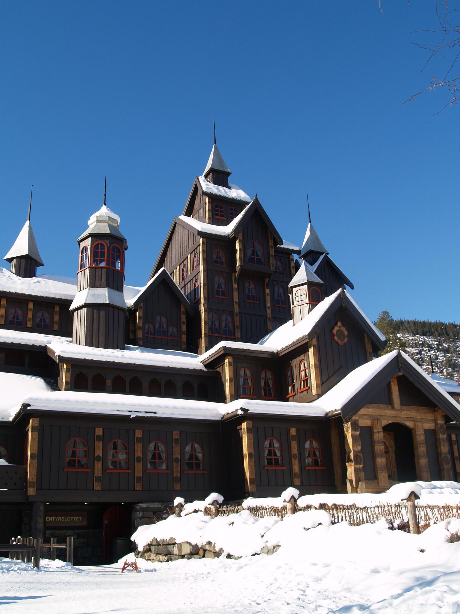 Eventyrslottet, The adventure palace by ester.ayerdi