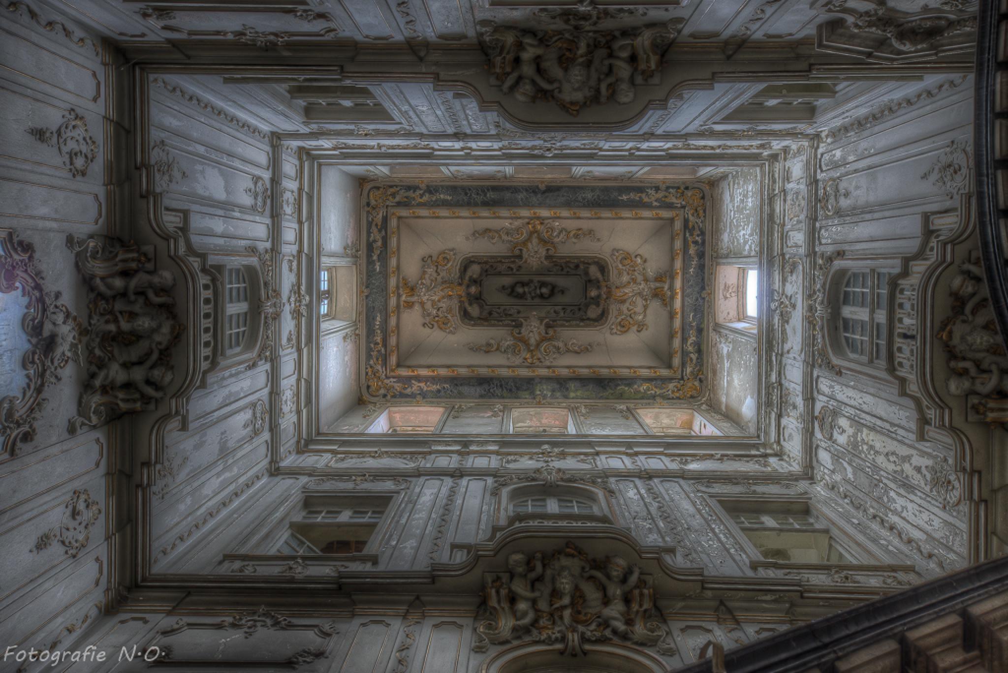 Dictatorship Palace by nicole.opitz.100