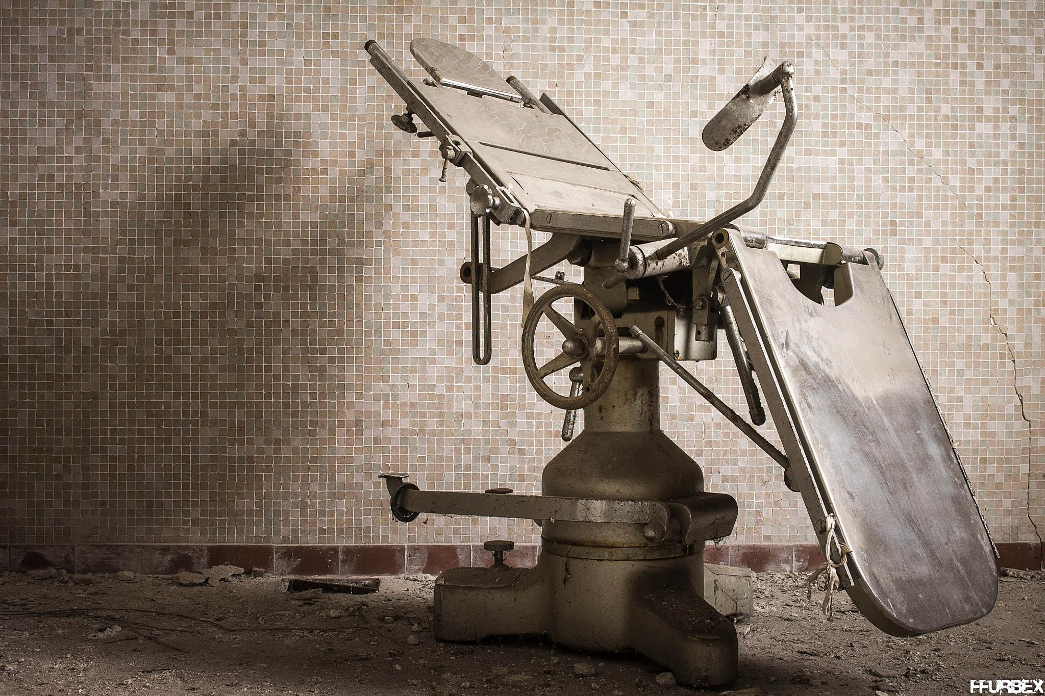 cold metal by FFUrbex Photography