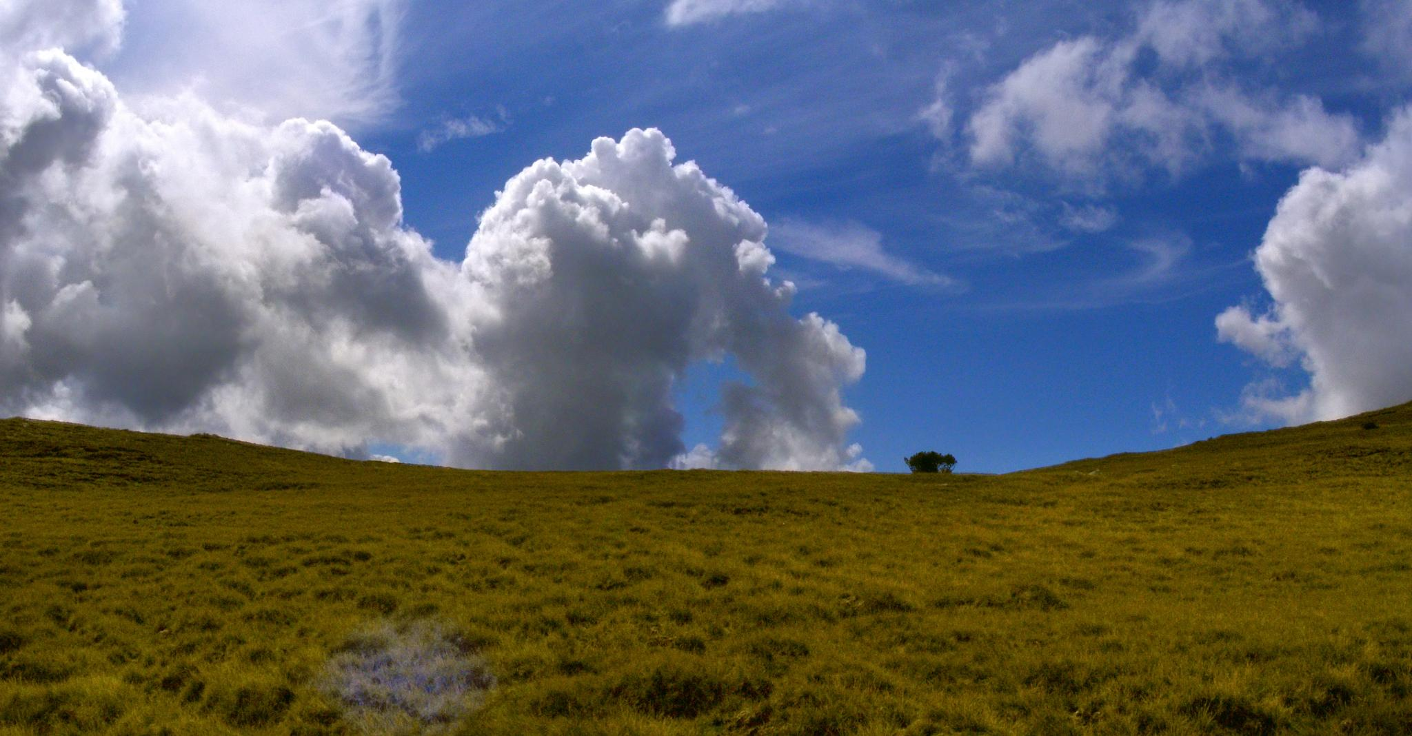 love these clouds by AdrianBotescu