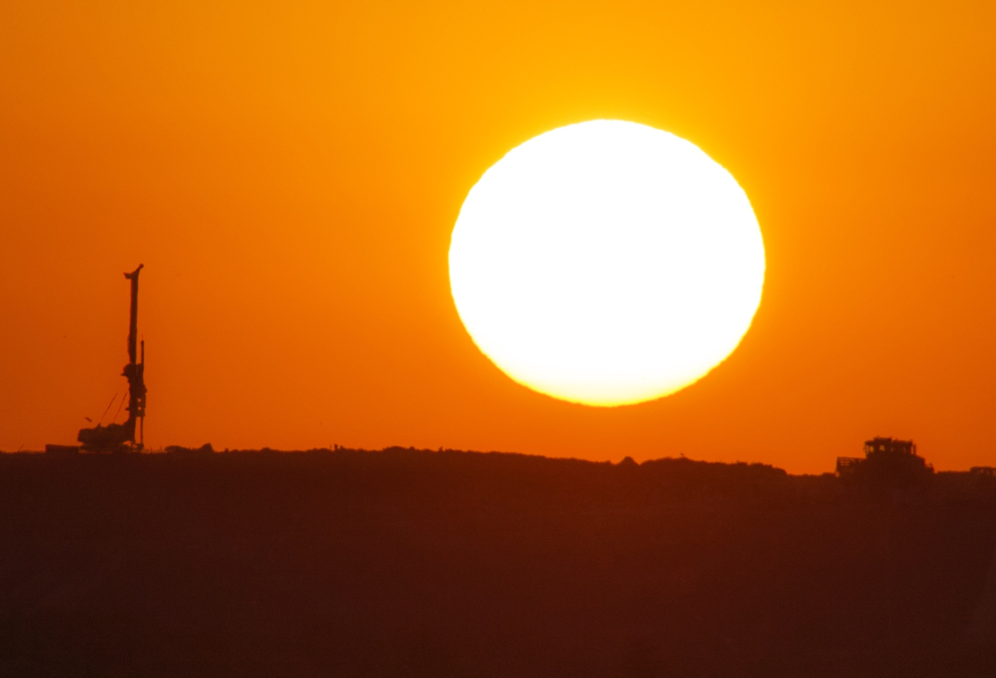 fat old sun by AdrianBotescu