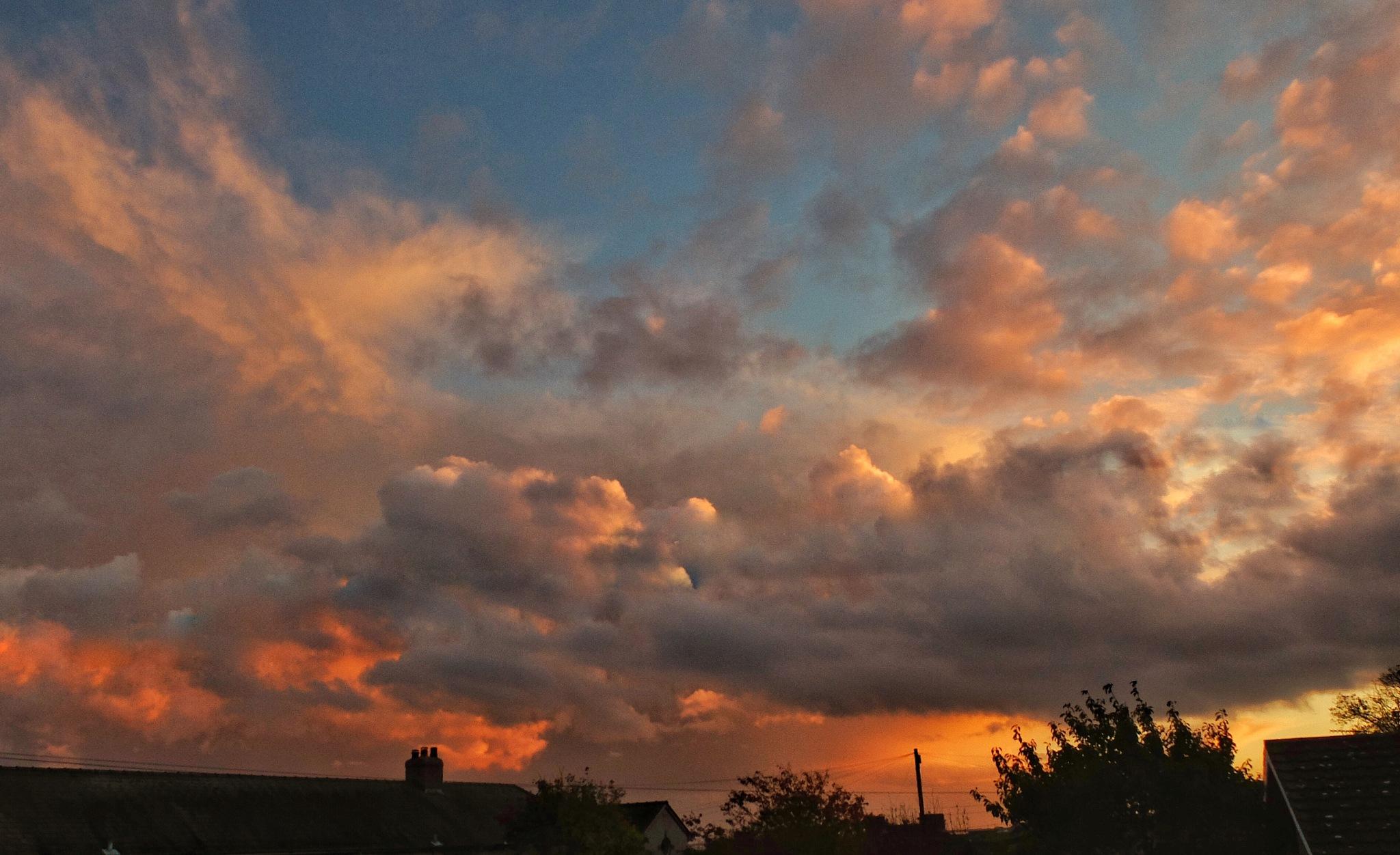 Sunset...090605 by Michael jjg