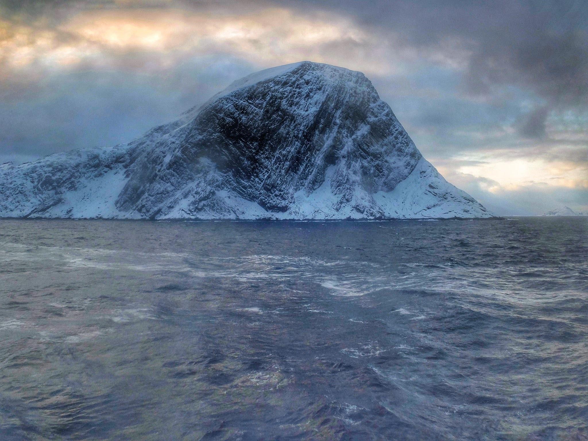 Norwegian Coastline... xv. by Michael jjg