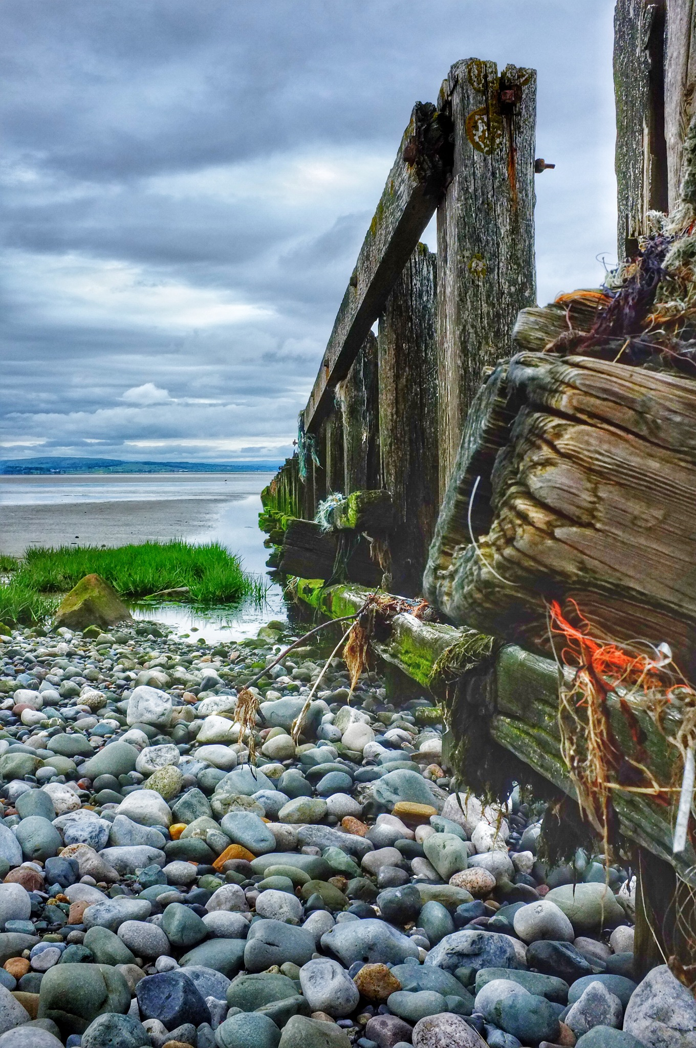 Sea Defence...080601 by Michael jjg