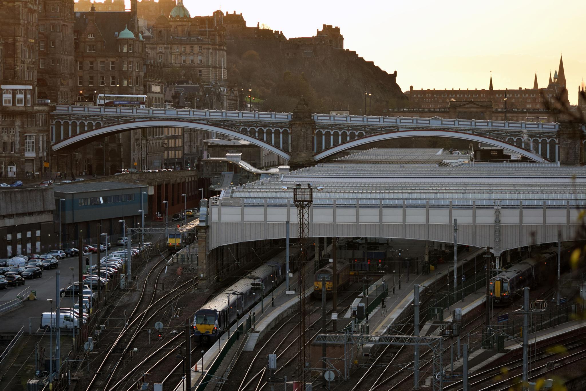 Edinburgh by gordon40uk