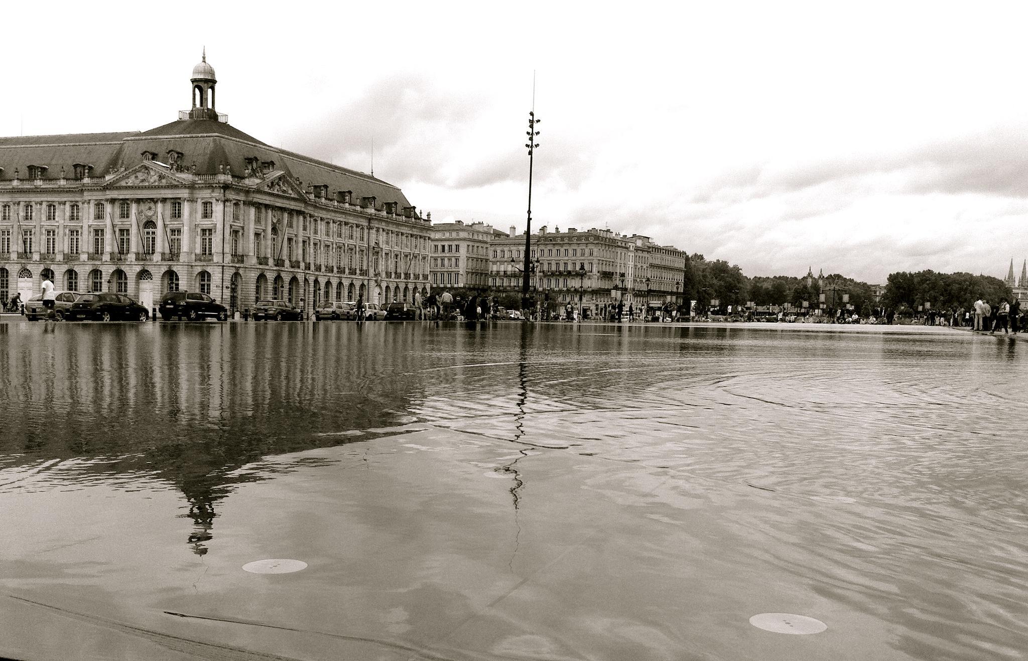 Bordeaux by Hannah Le Bail