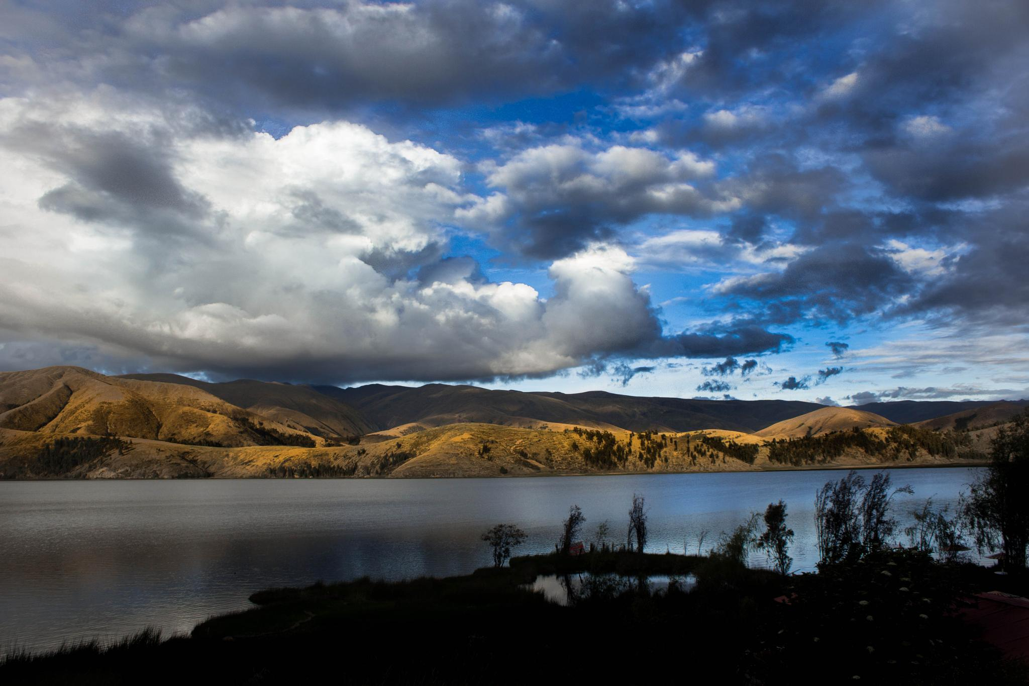 Laguna de Paca-Perú by FratelliPizarro