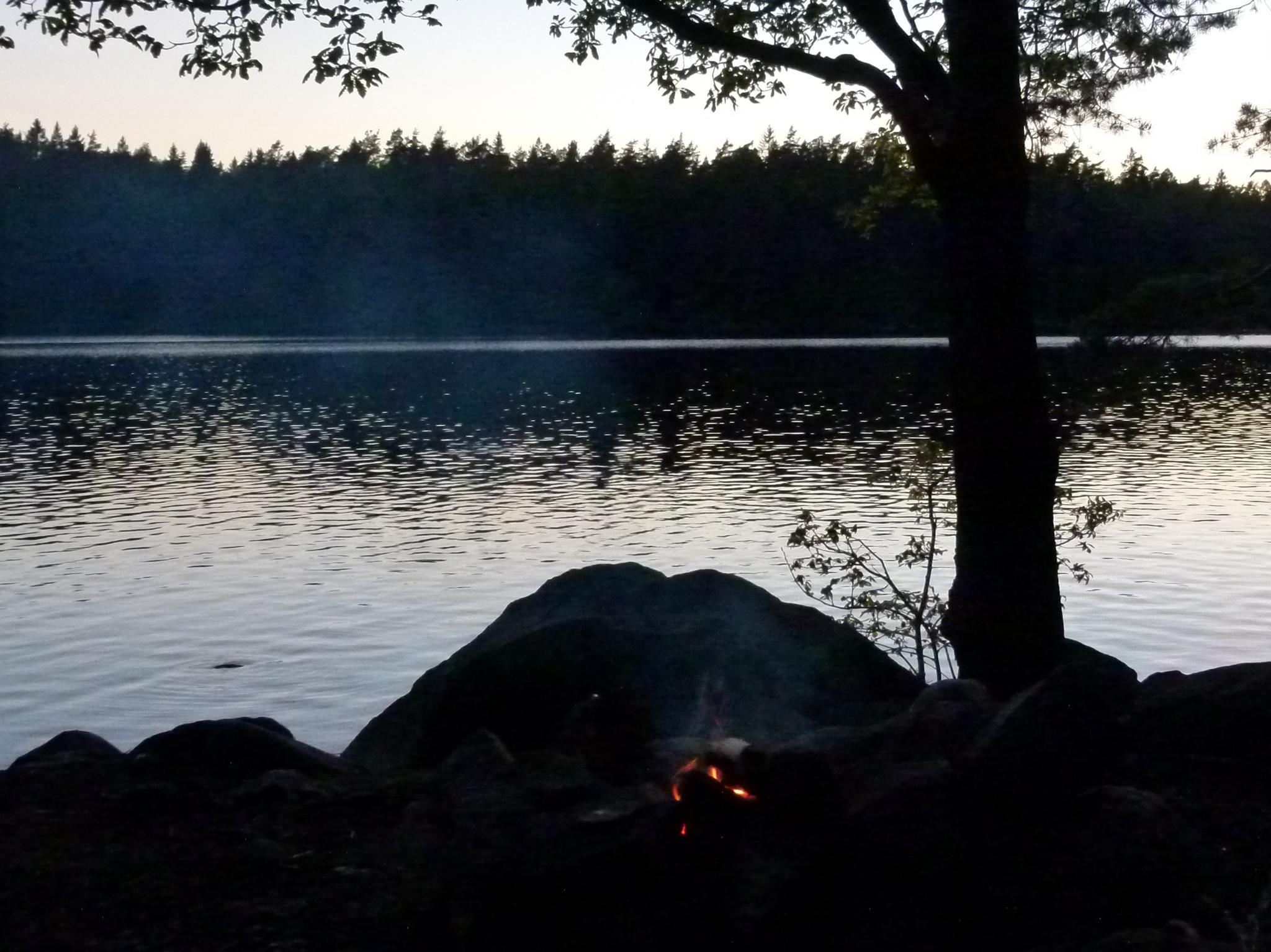 Fire soon burnt down by peterliendeborg