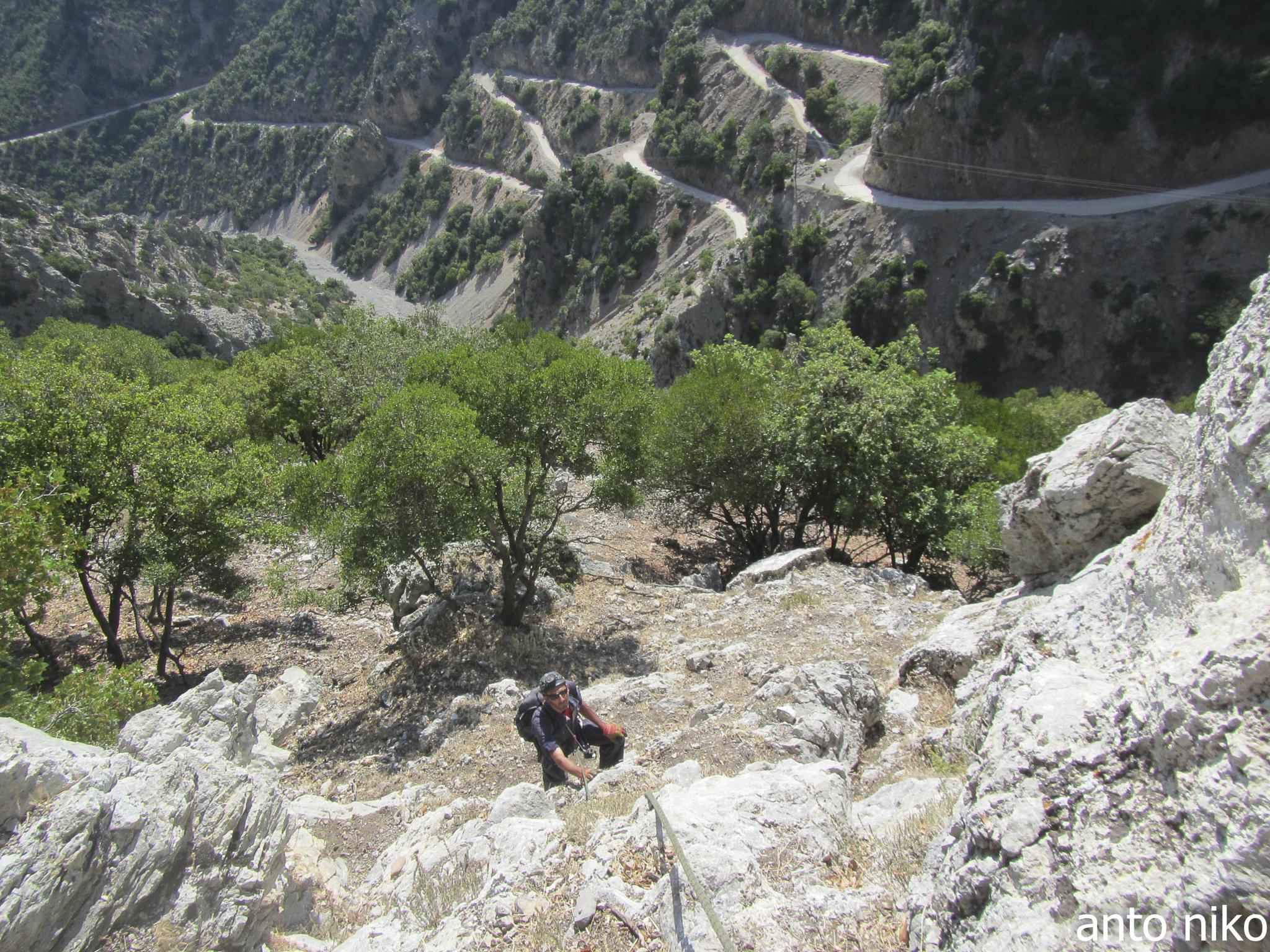 climbing!!! by peskandritsa