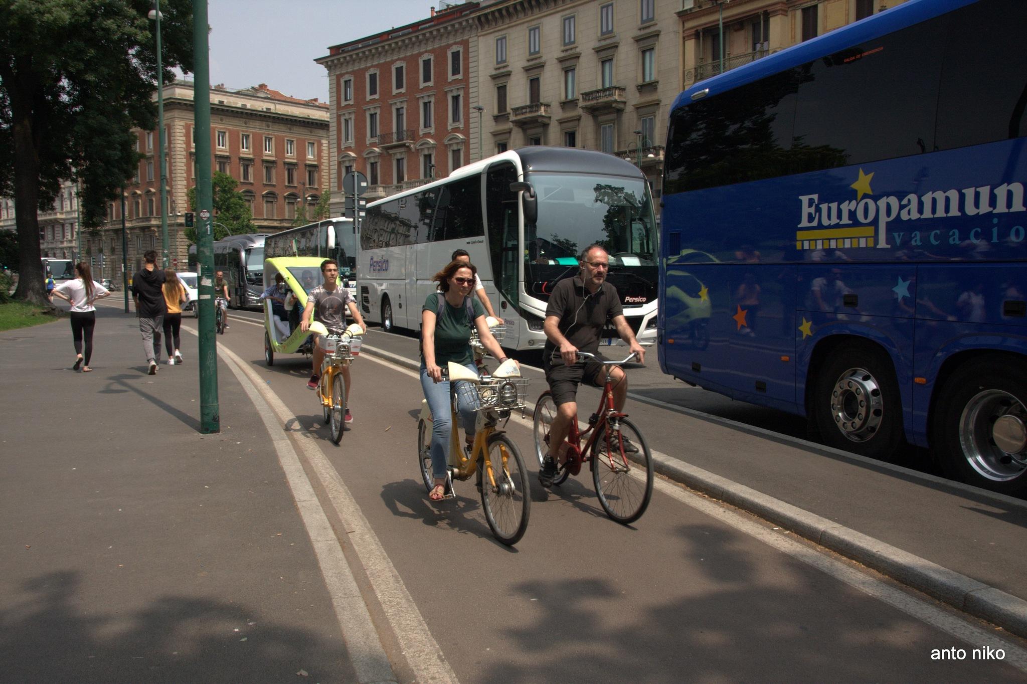 bicycle riders at milan!!! by peskandritsa