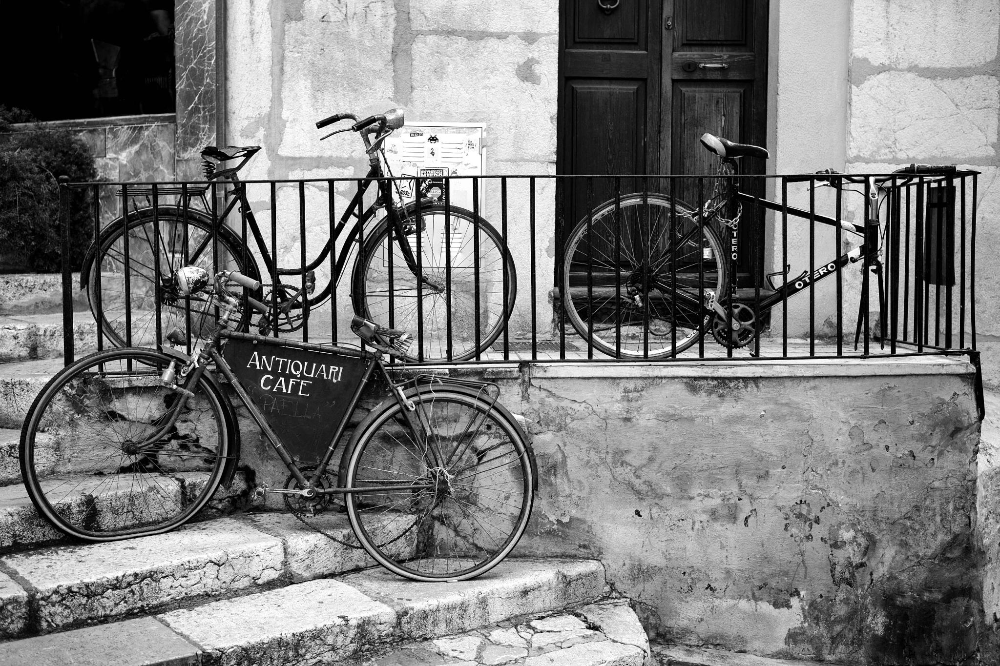 Bikes in Palma by Frank-Beck-Giessen