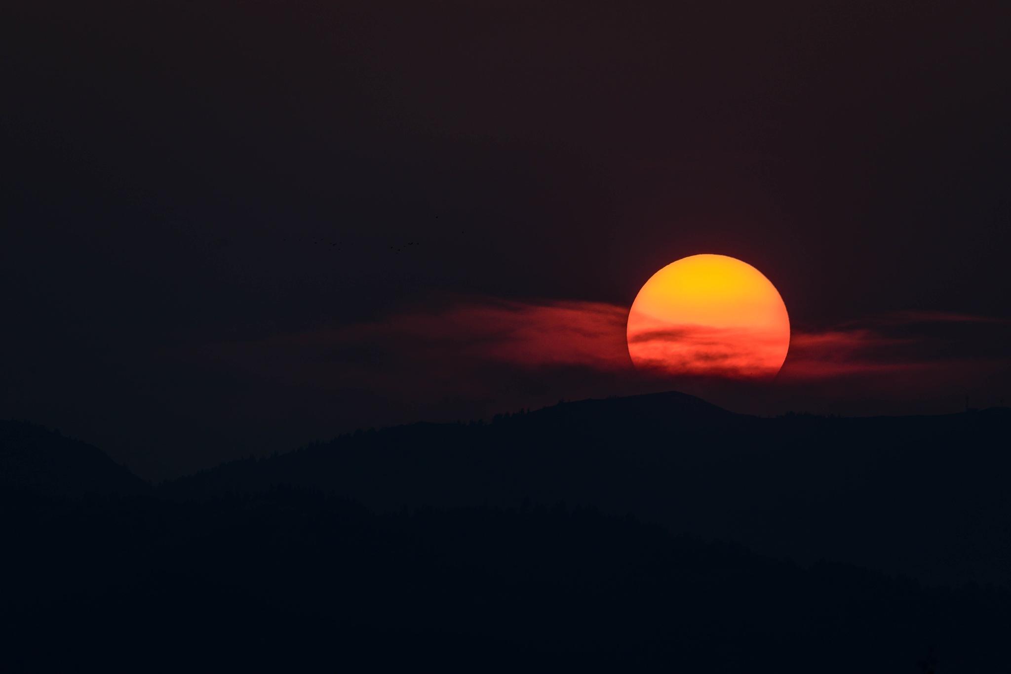 Dark Sunset by drchad480