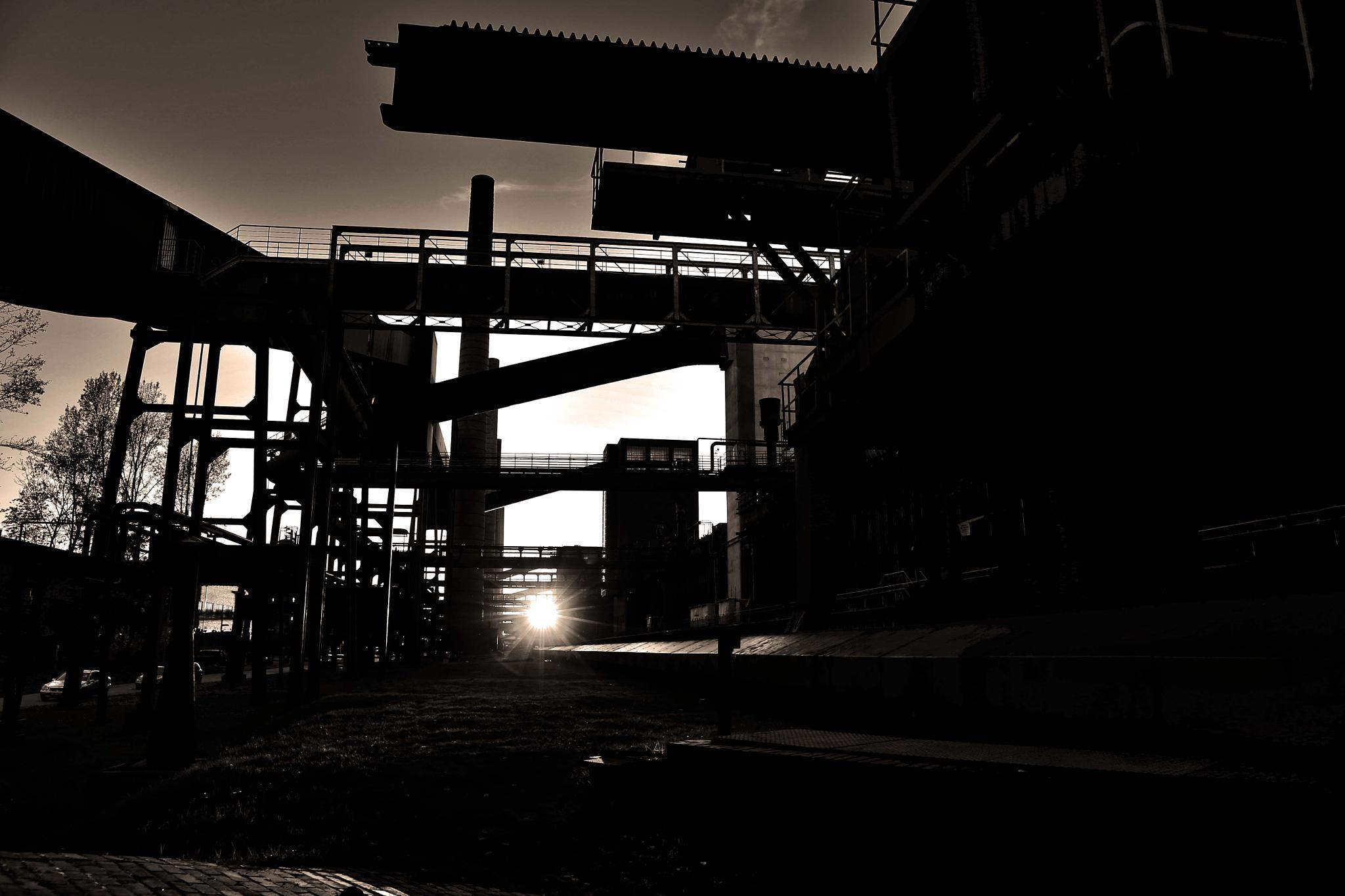 industrial plant by Jürgen Cordt