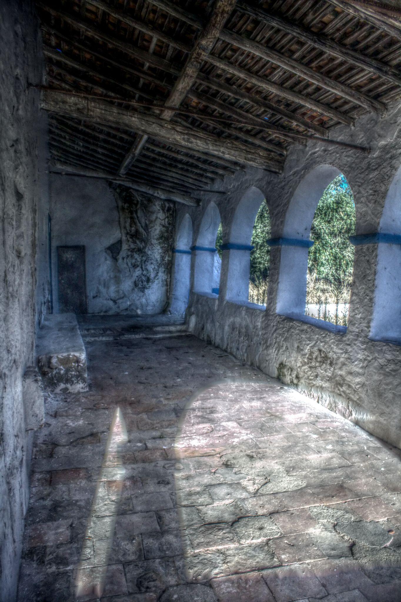 Old chapel by Joaquim Gaspar