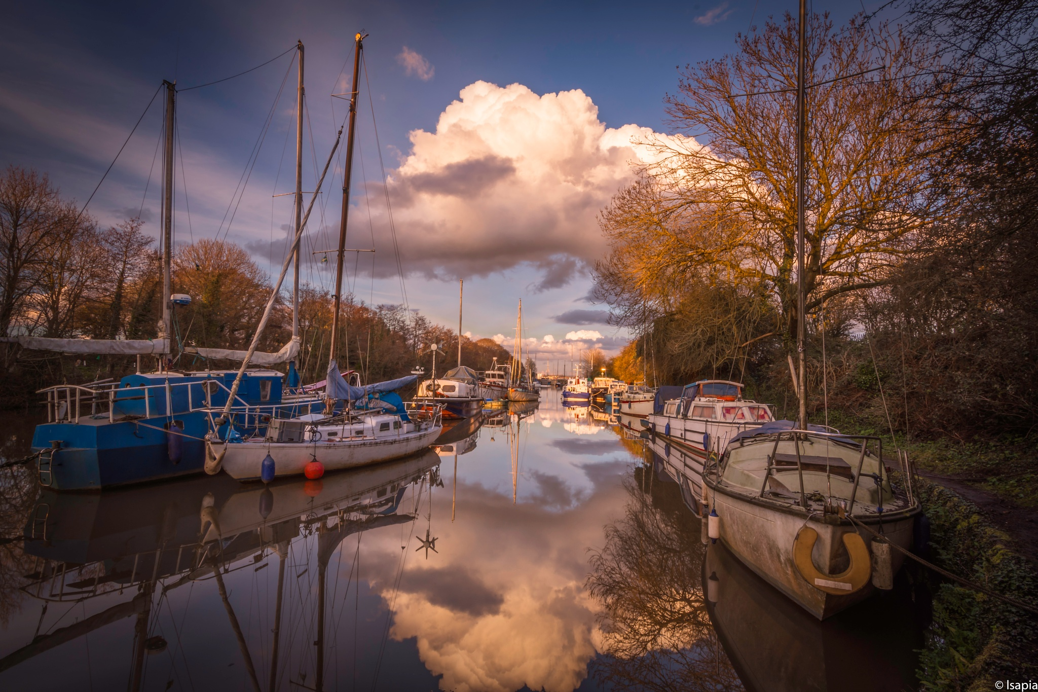Lydney Harbour Reflections by luigi sapia
