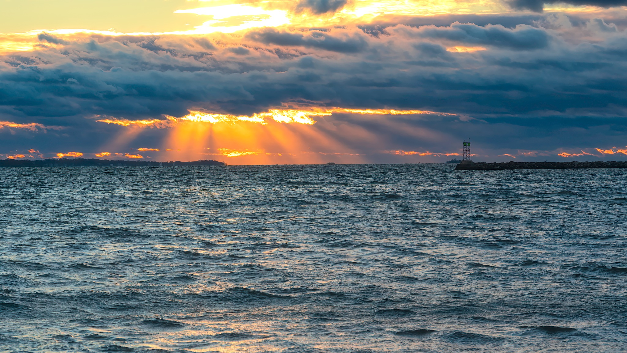 Incoming Weather by JoeGeraci