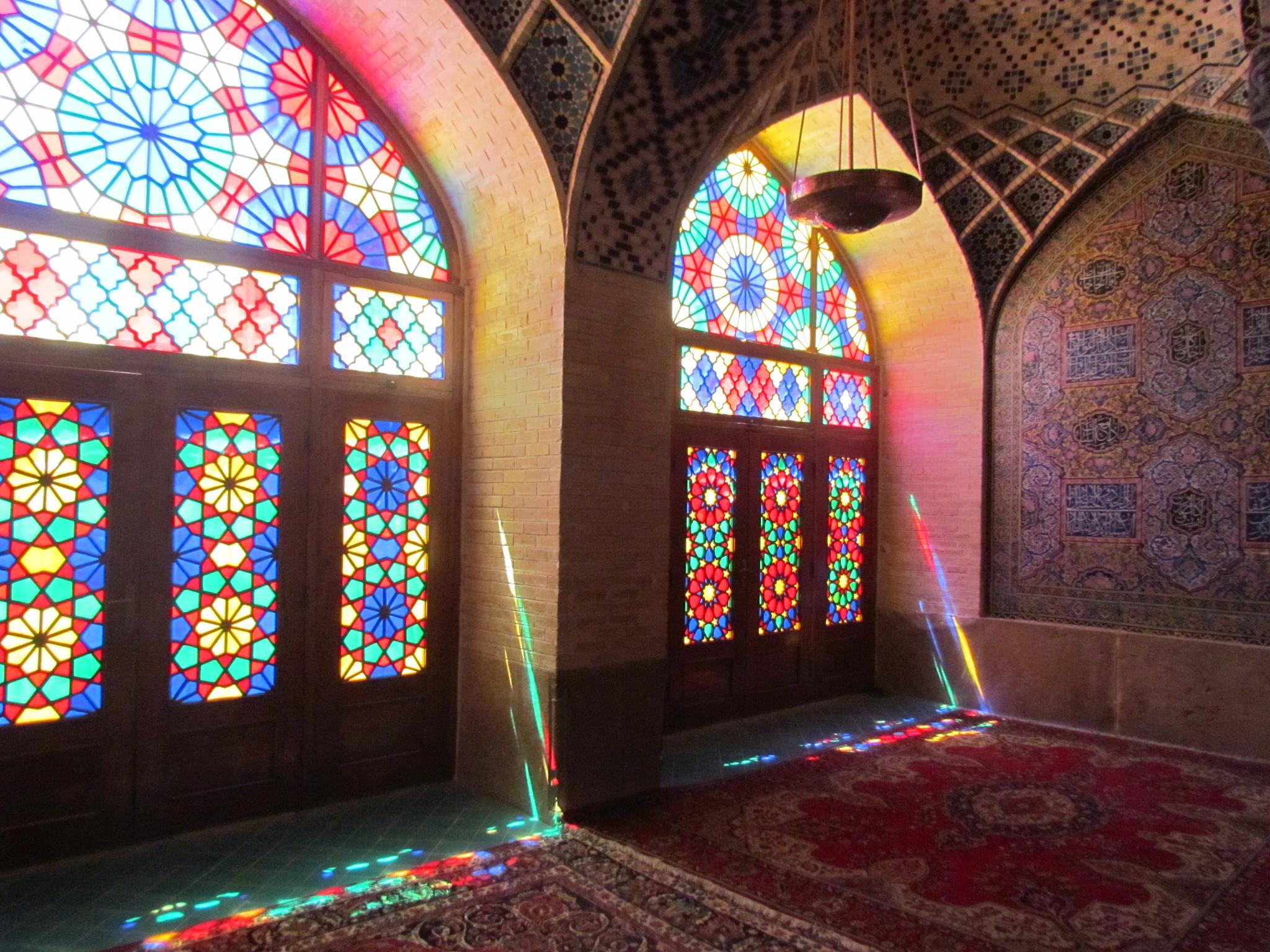 Nasir ol molk Mosque by Sadegh Roozbehi