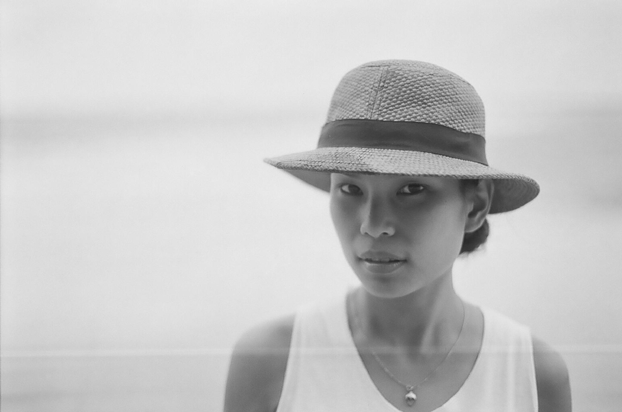 Thai Beauty II by victormartinezphoto