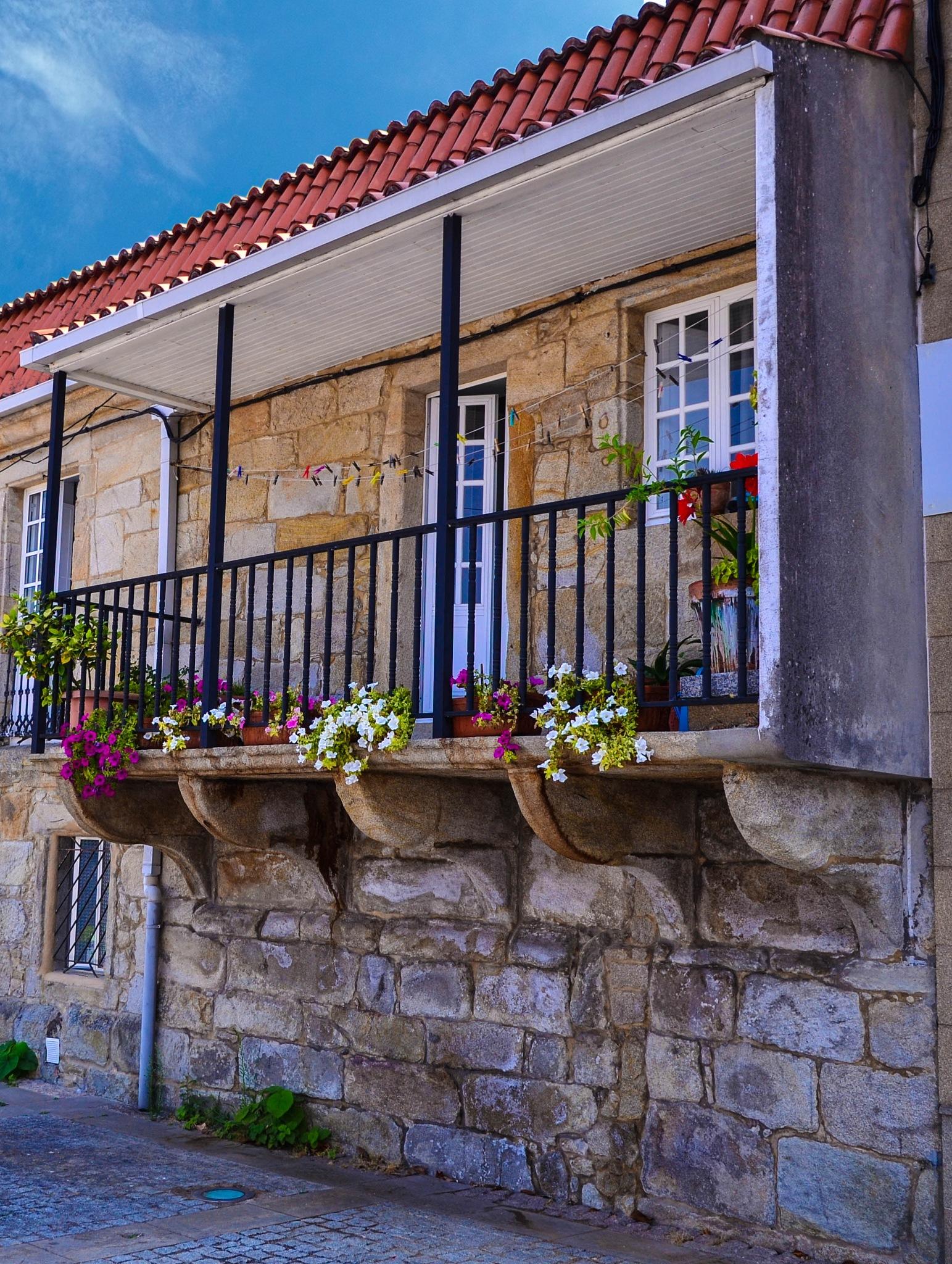 Casa antigua - Rianxo by Félix Otero Prado