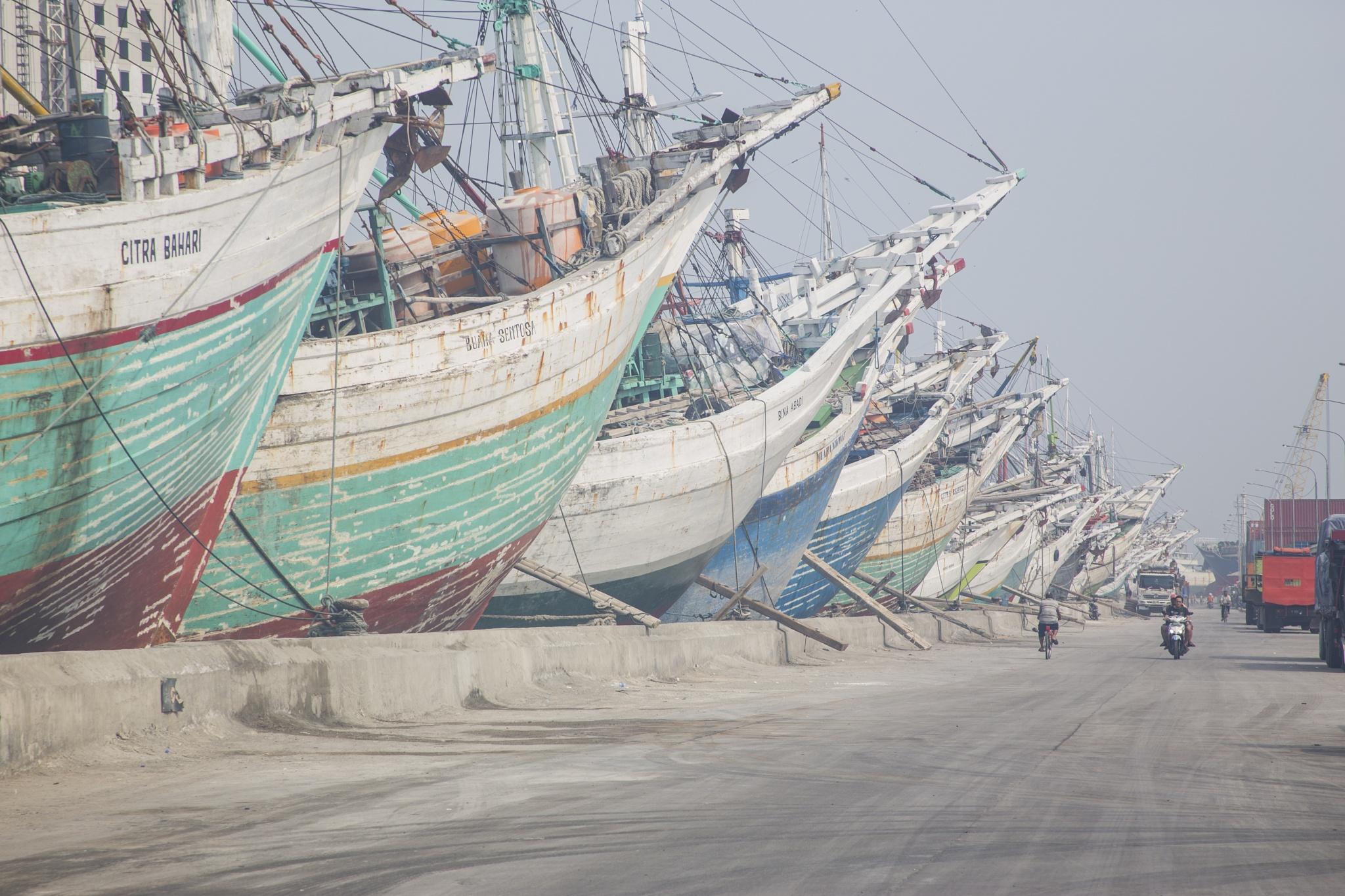 Parkin Ship by Bagaskoro Adimasputro