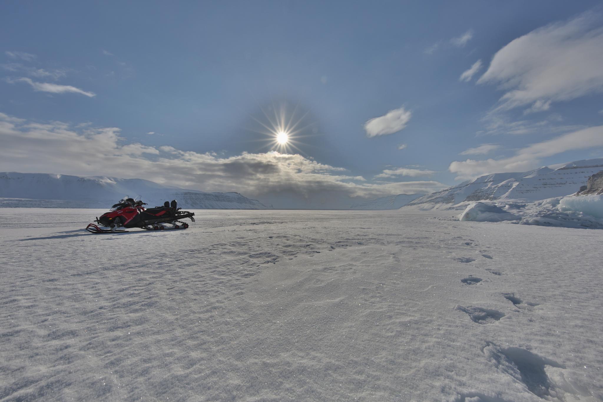 Photo in Landscape #svalbard #polar #snowmobile #ice #north pole #artic