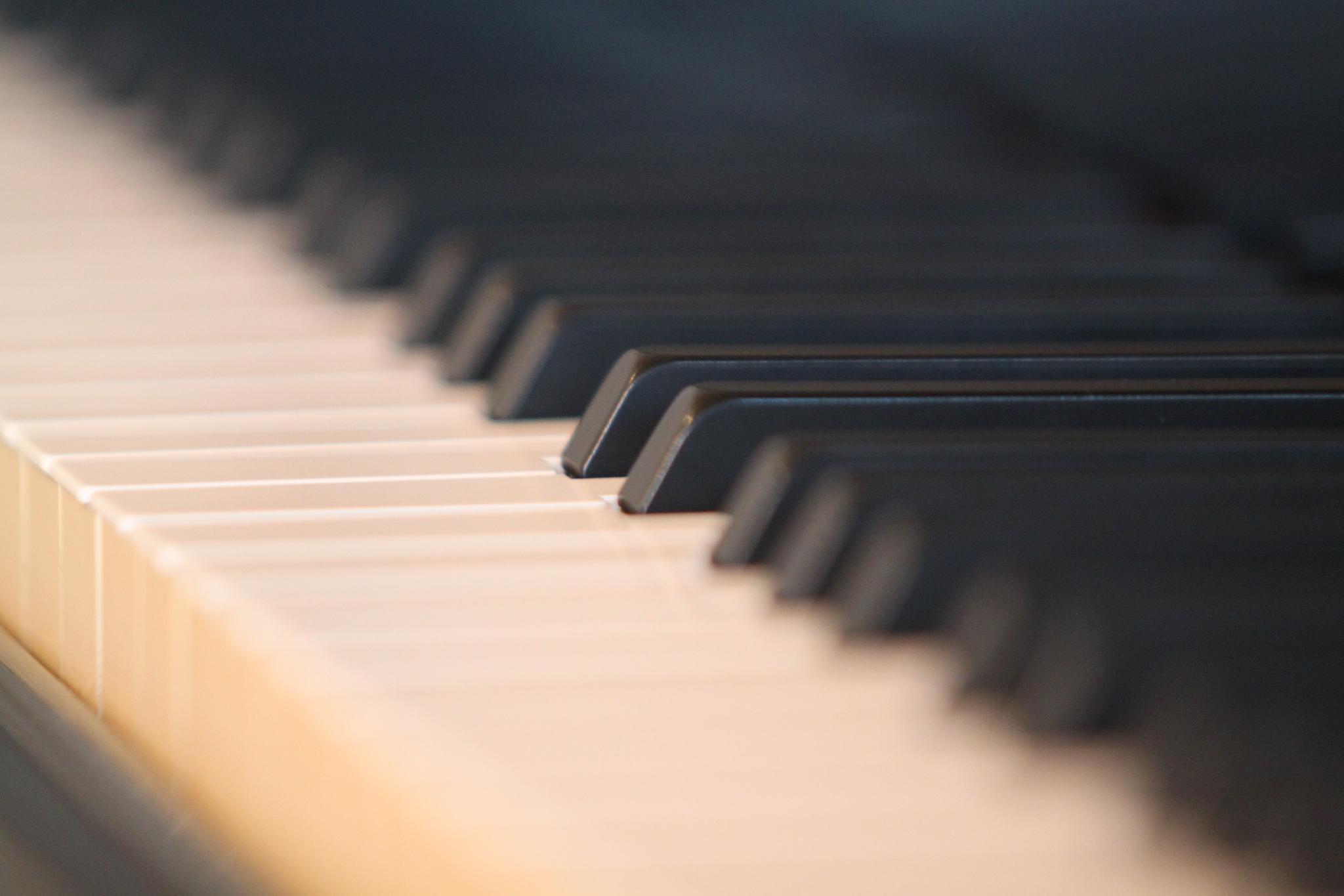 A Piano... by Davide 'Dado Dalle Ave
