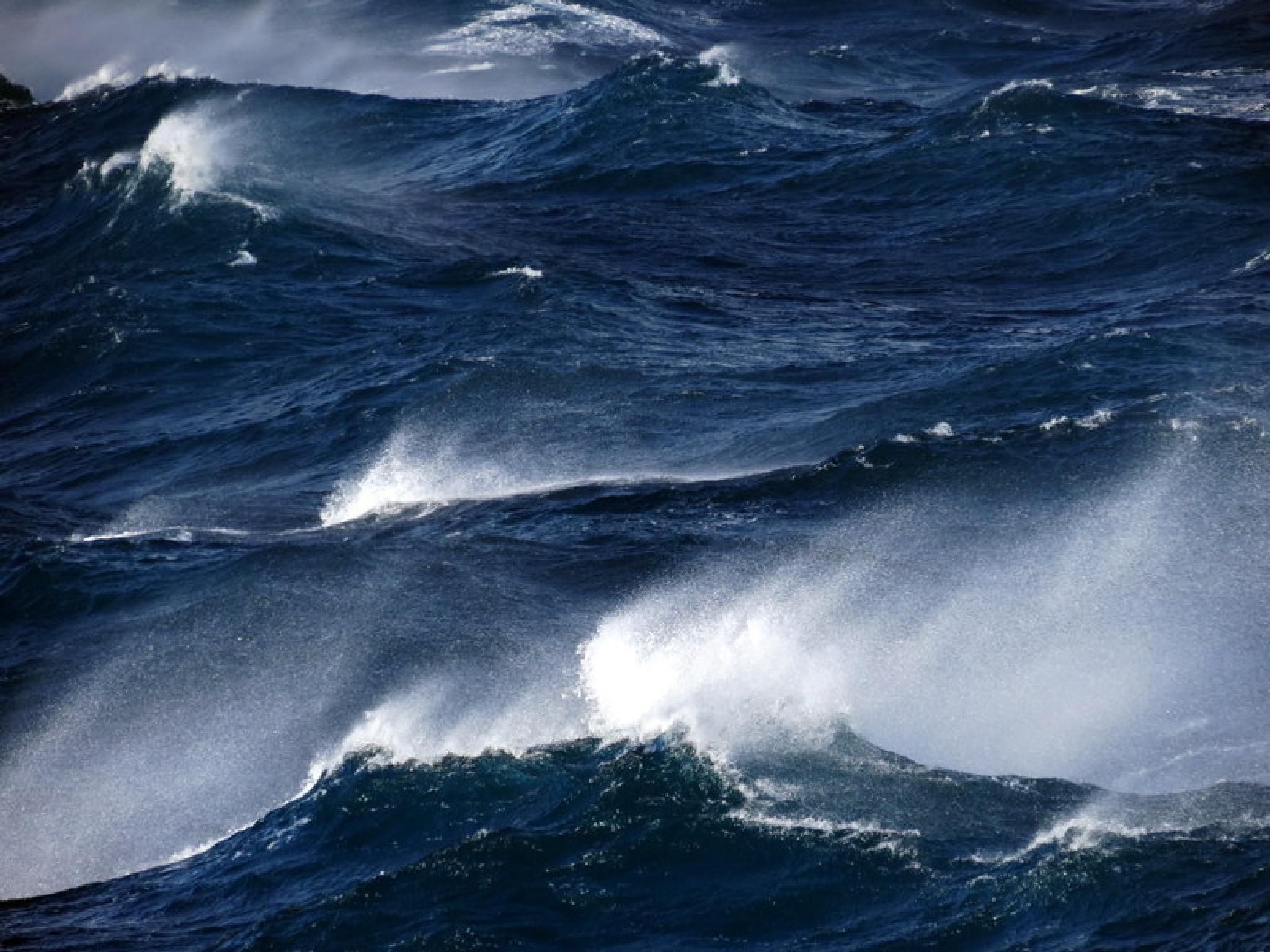Stormy North Sea off Shetland Isles by newscatnesscarvings