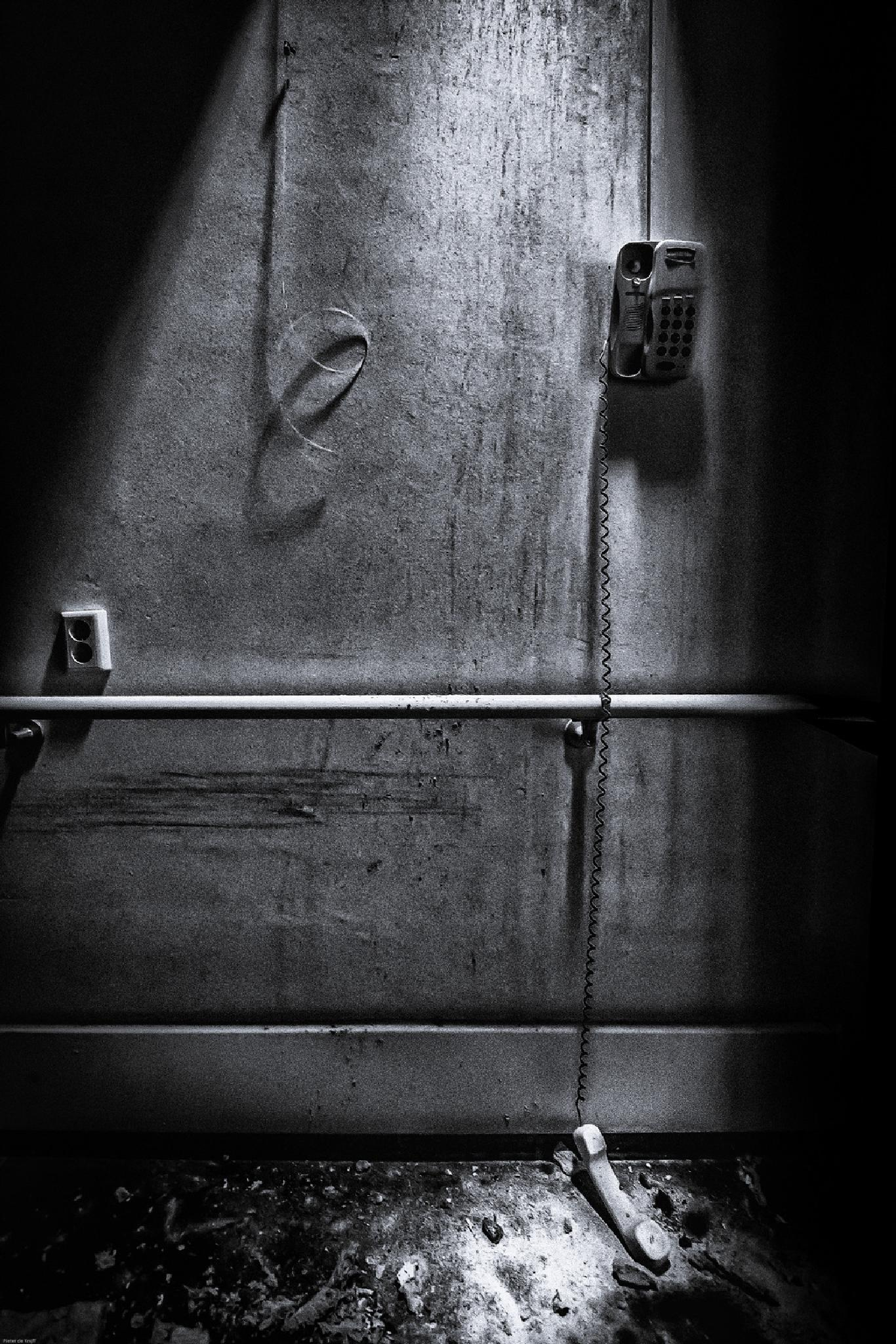No Answer by Pieter de Knijff Photography