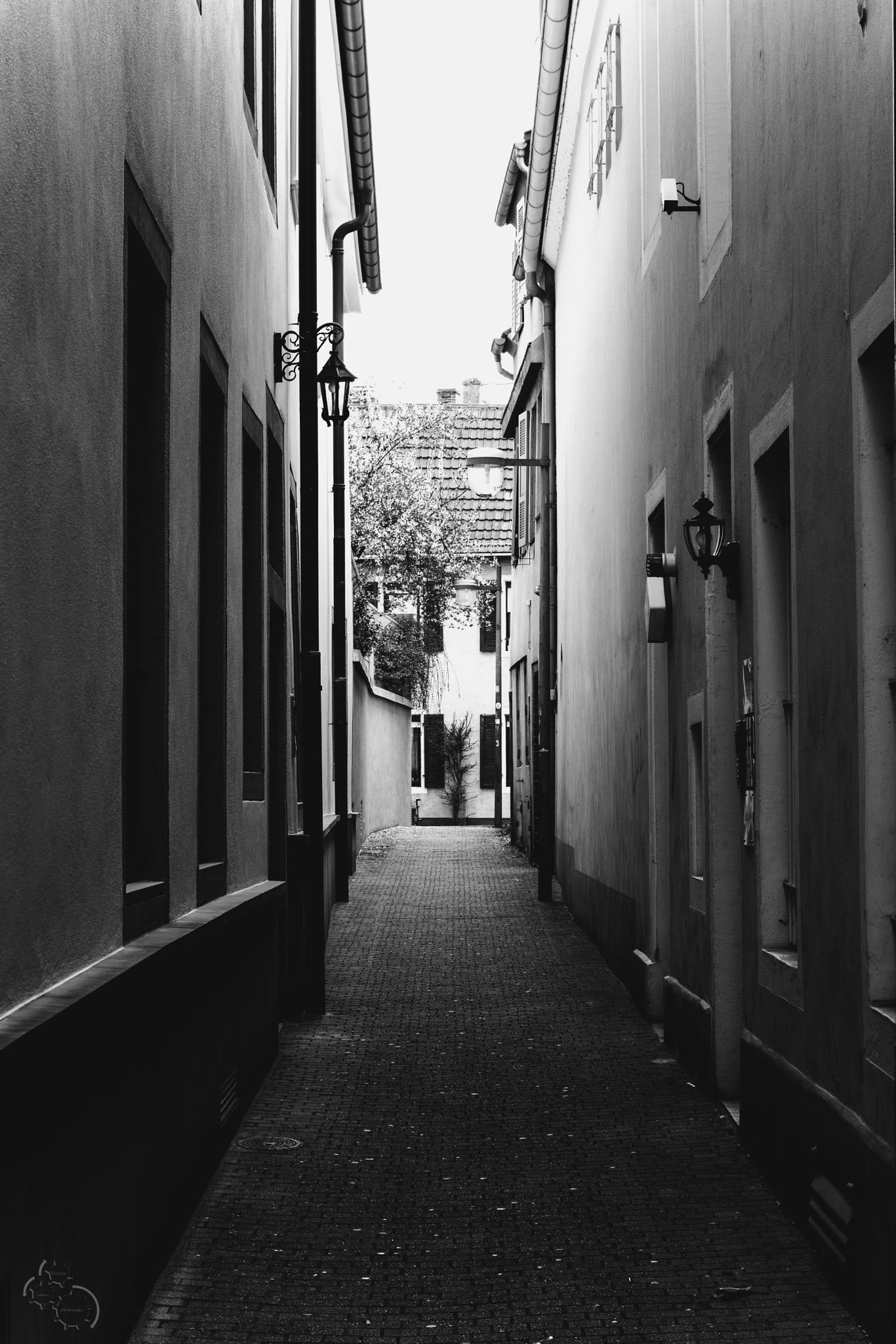 Gassen-Blick by Bernie Lamberz photography