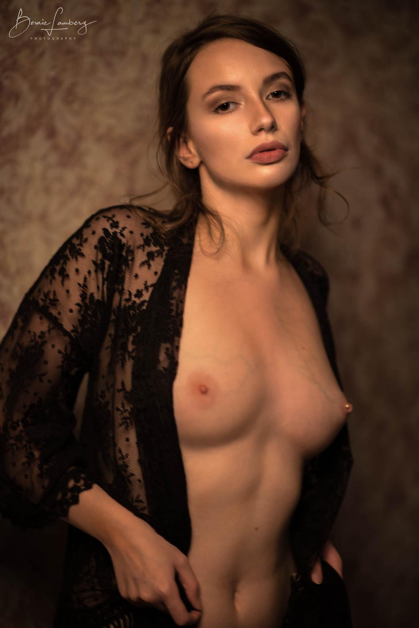 Miss Sorceress by Bernie Lamberz photography