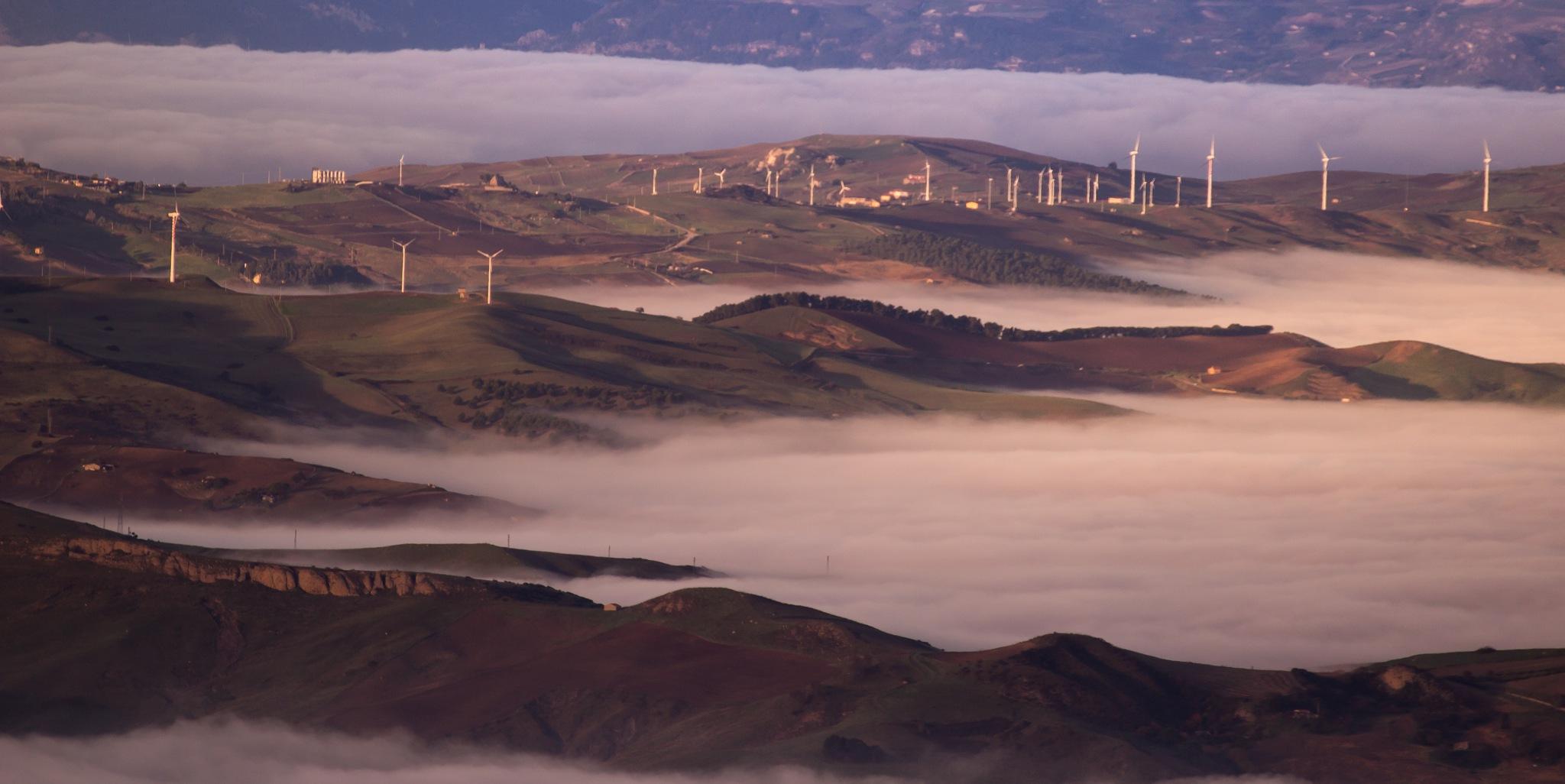 un lago di nebbia by Tommaso