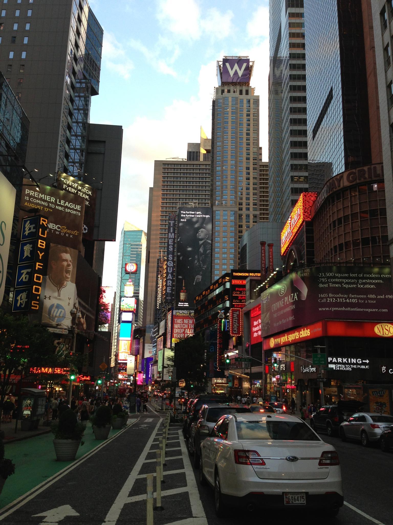 New York by Stig Elttør
