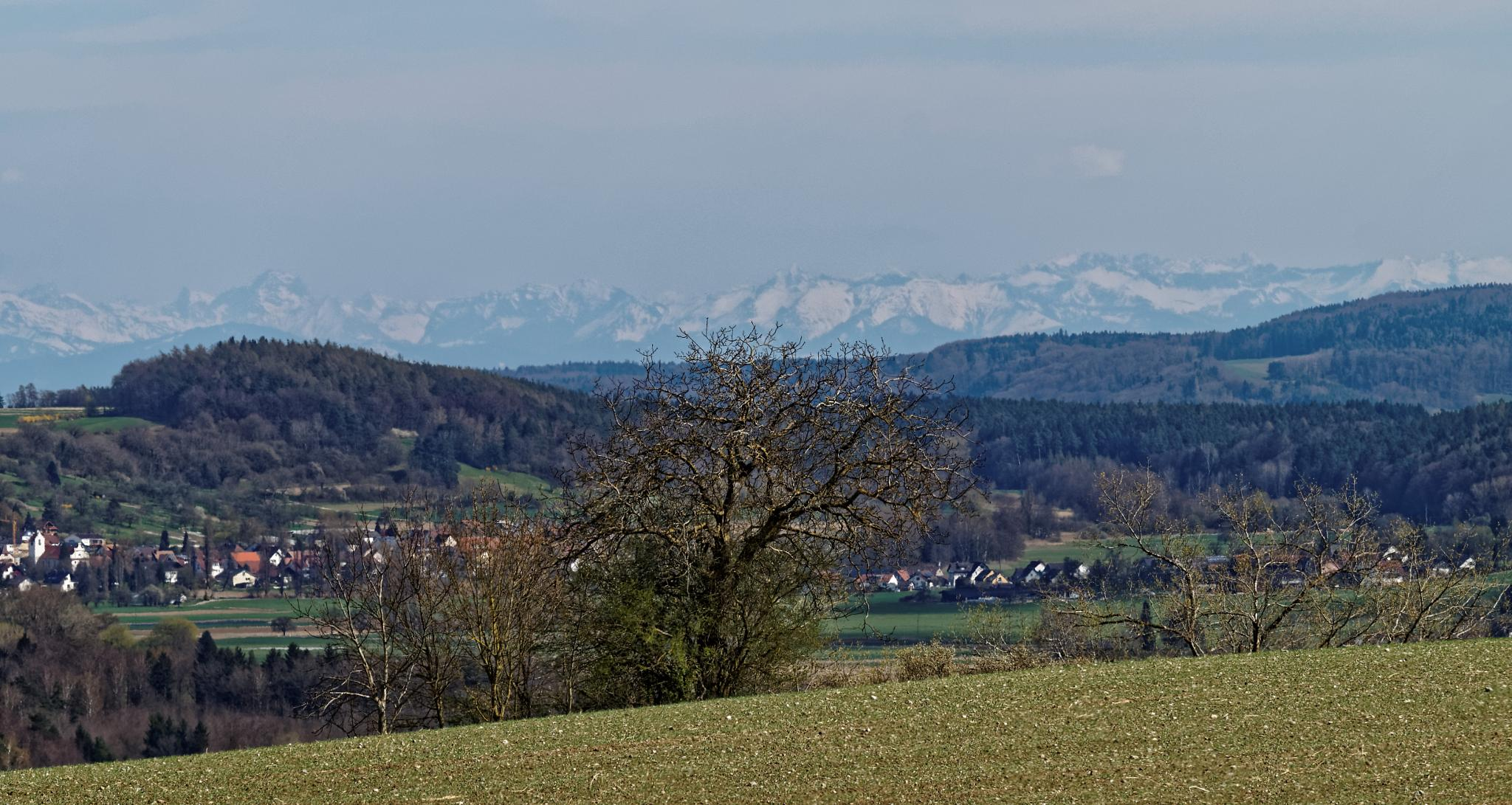 Mountains (60 Km away) by anwai