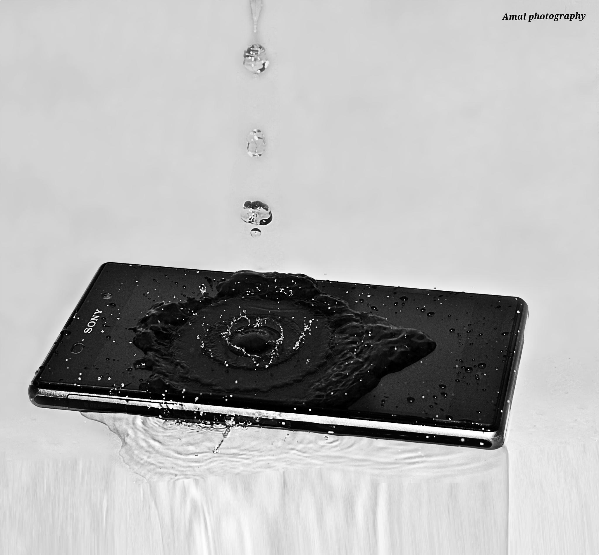 Sony Xperia and water are lovers <3  by Amal