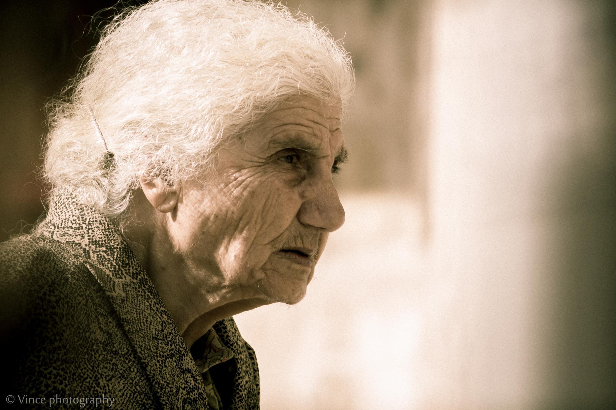old lady by vince.sawalha