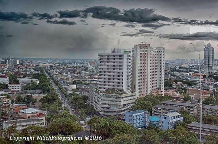 Bangkok City by Willem J.I. Scherpenisse
